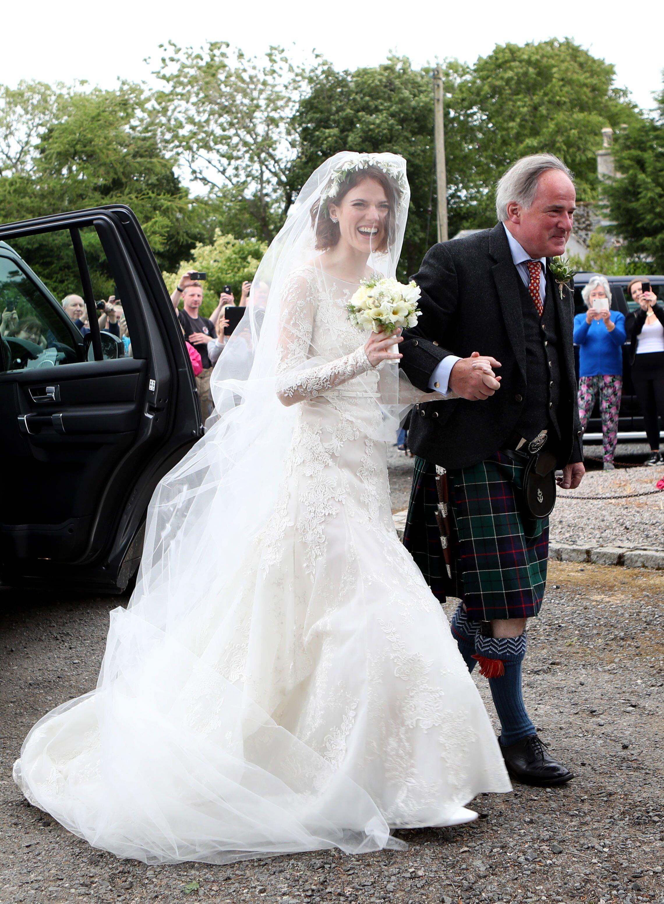 Rose Leslie Wore A 20 000 Elie Saab Wedding Dress Martha