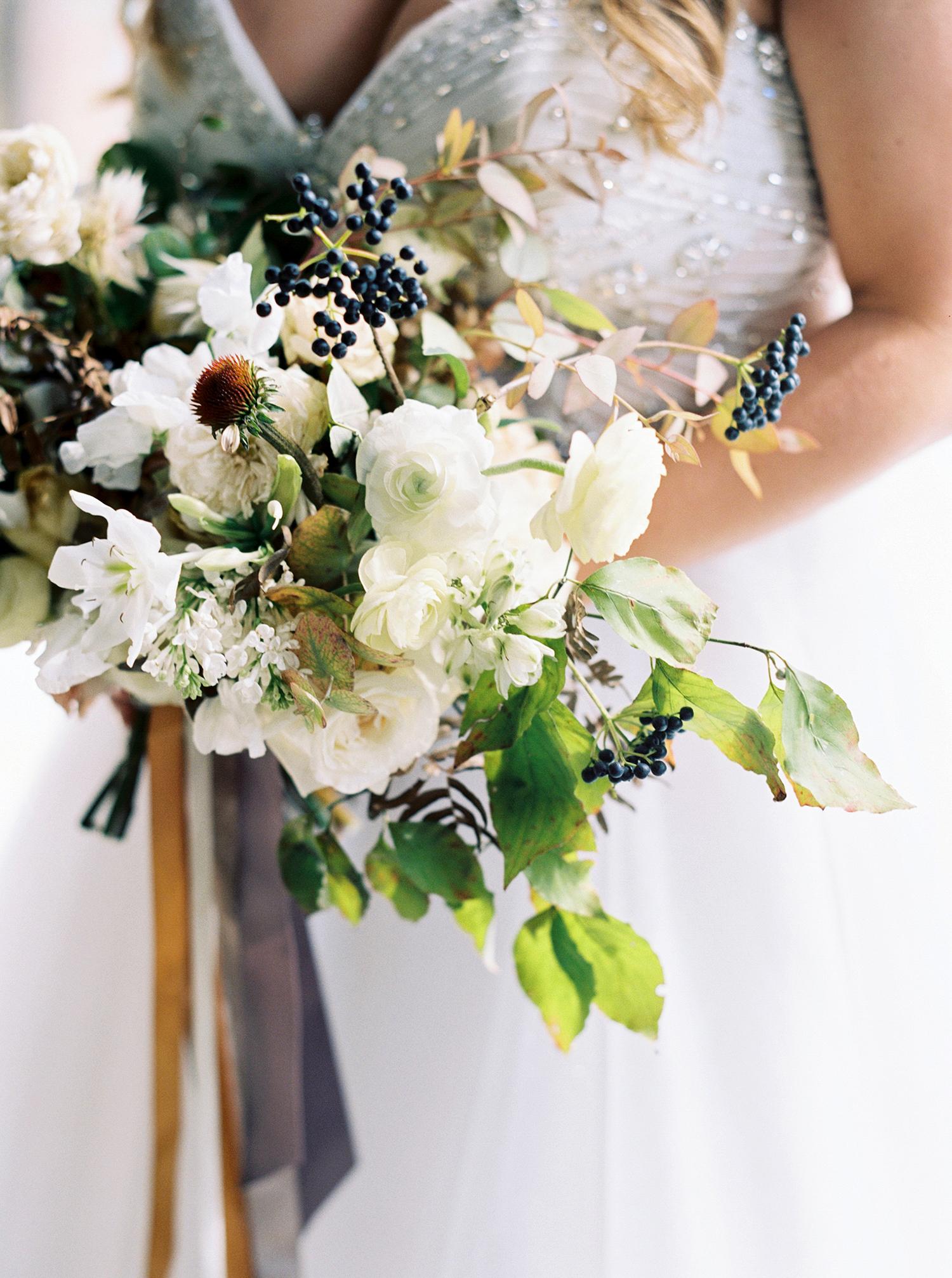 brittany alex wedding brides bouquet