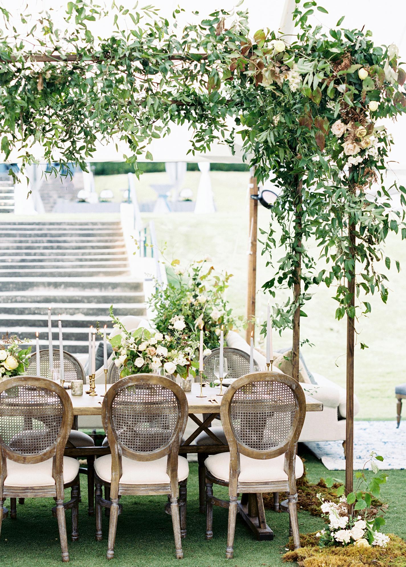 brittany alex wedding banquet table