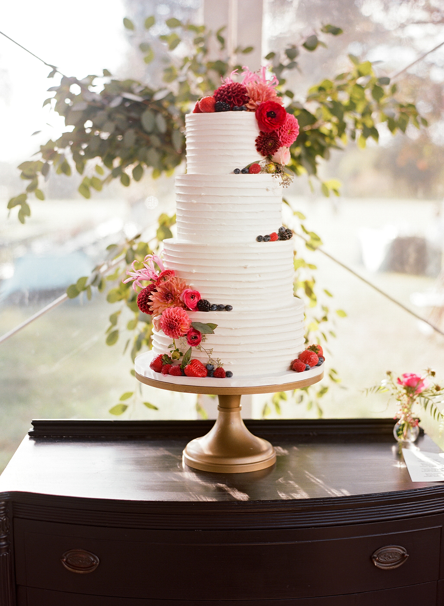 jen geoff wedding tiered cake