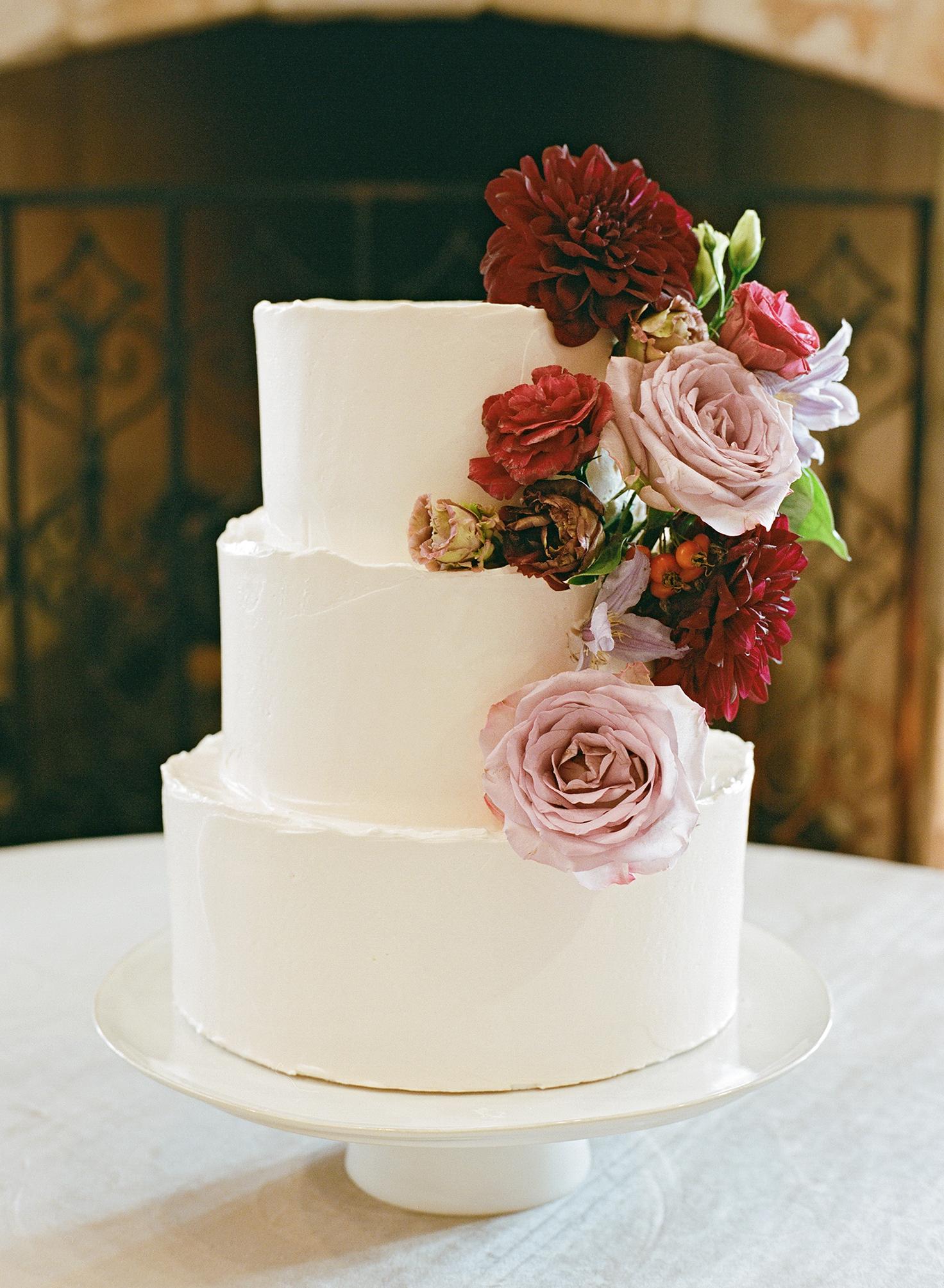 ivana nevin wedding cake with flowers