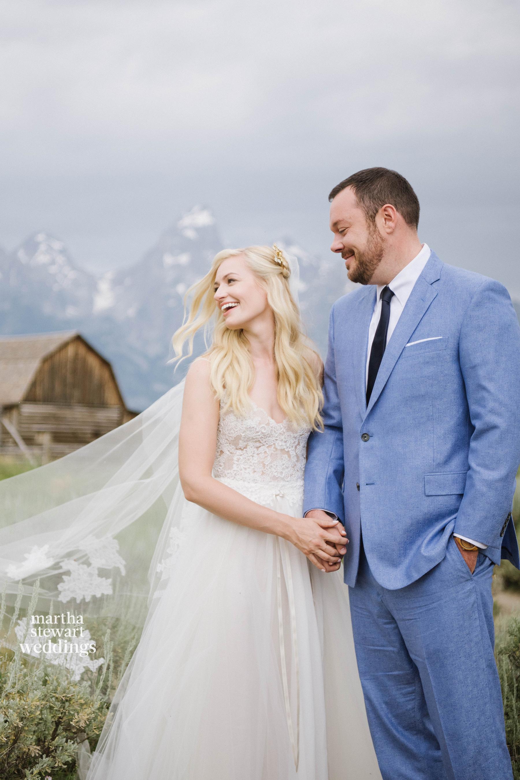 beth behrs and michael gladis wedding portrait