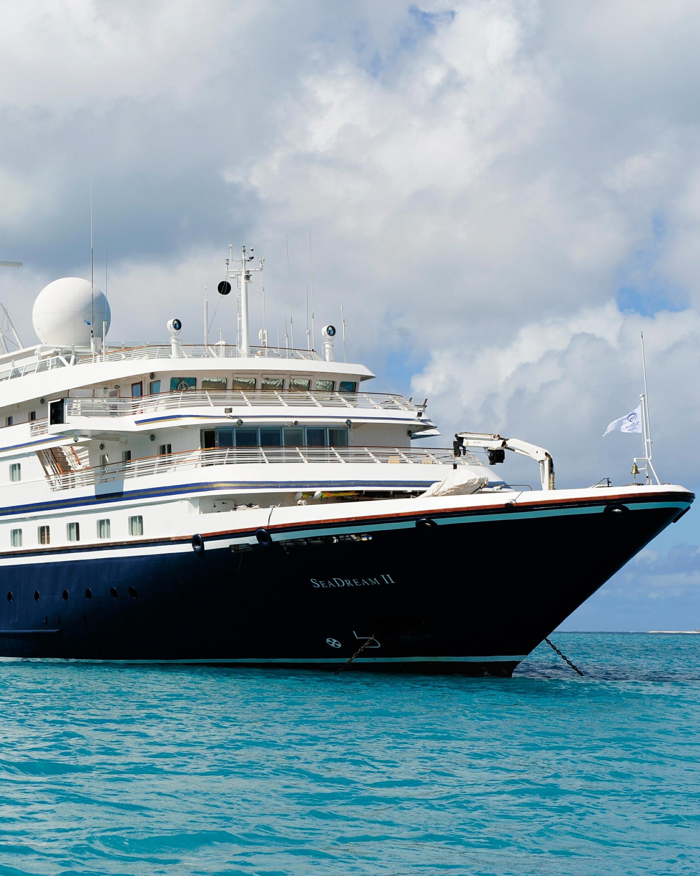 honeymoon-cruises-seadream-ii-0416.jpg