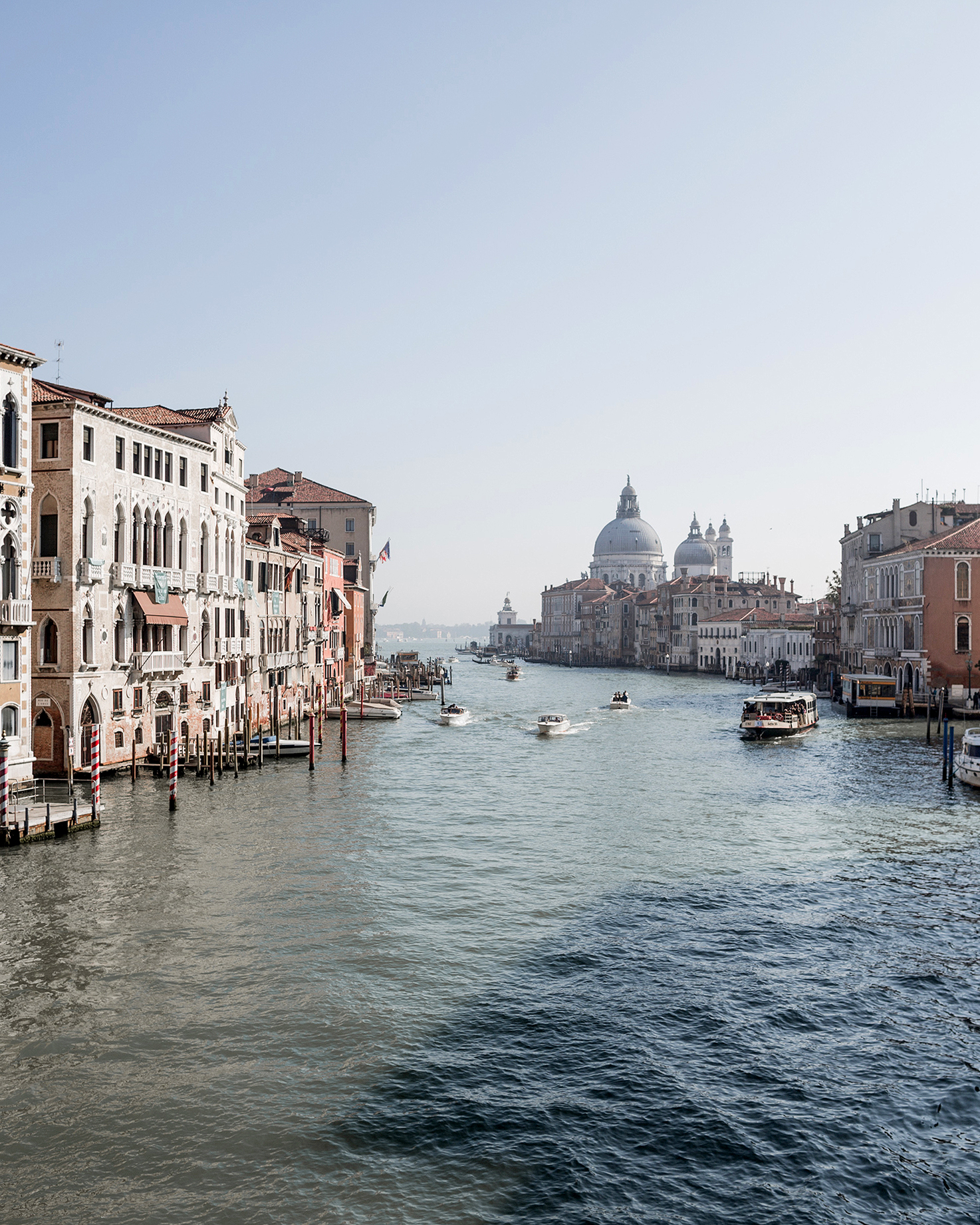 elle raymond venice wedding canal and buildings