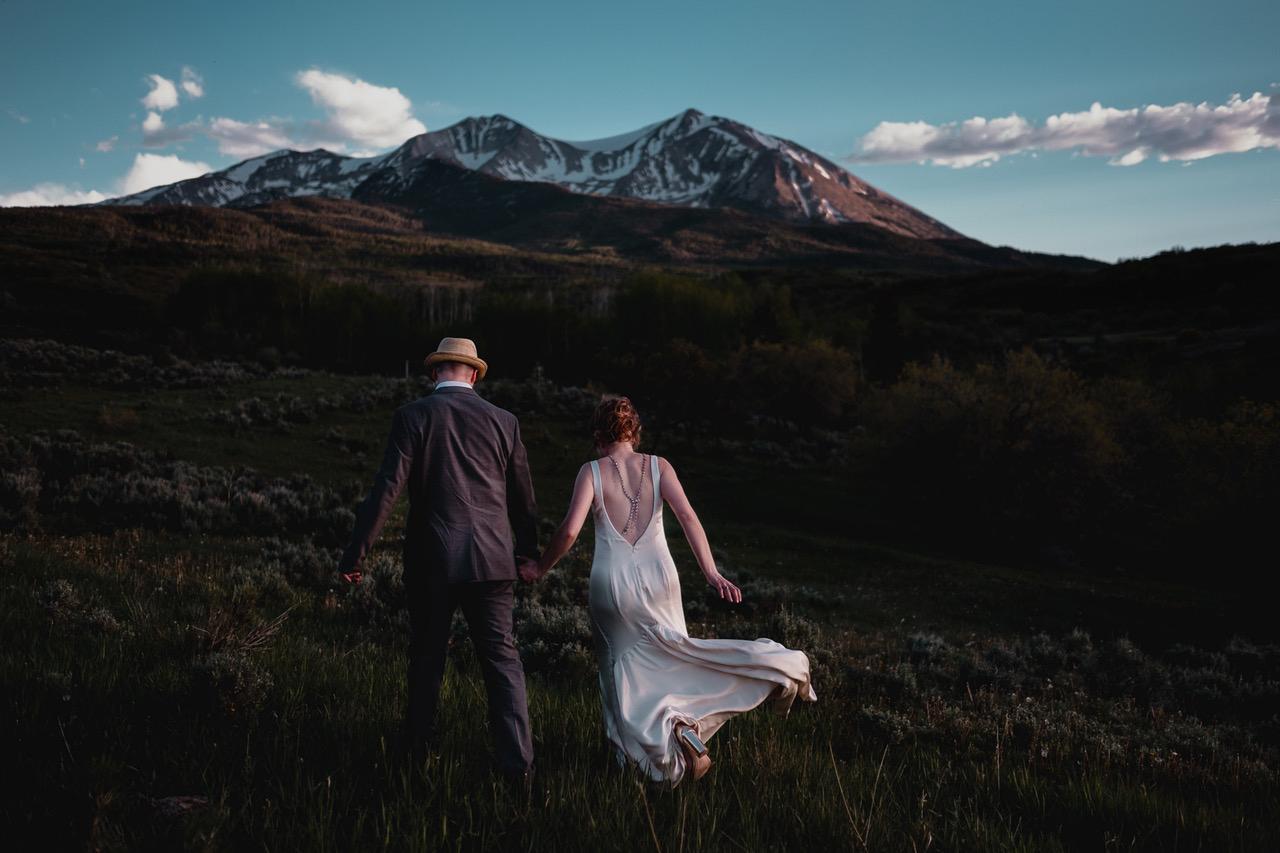 epic wedding photos scobey photo