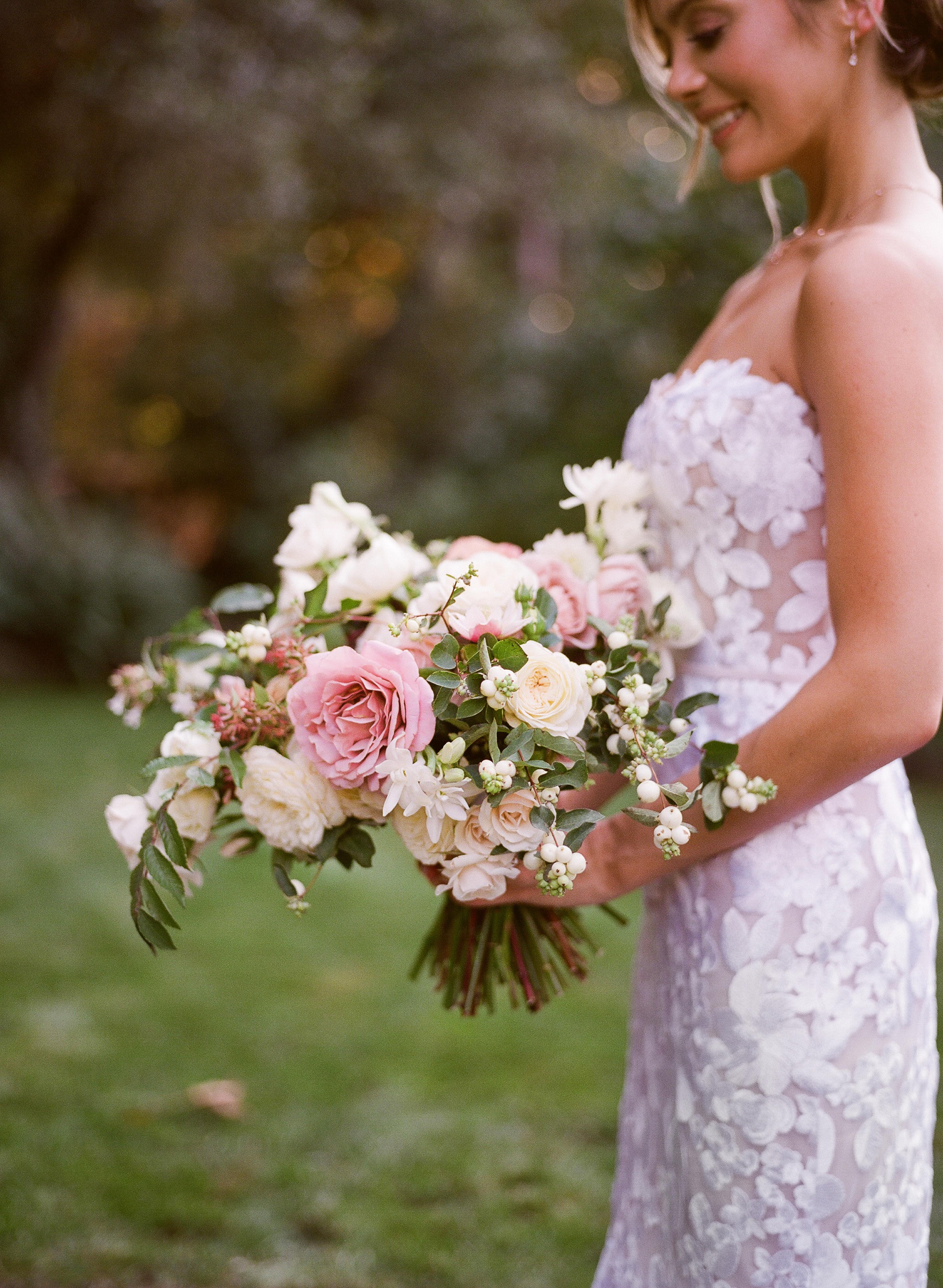 caitlin michael wedding bouquet