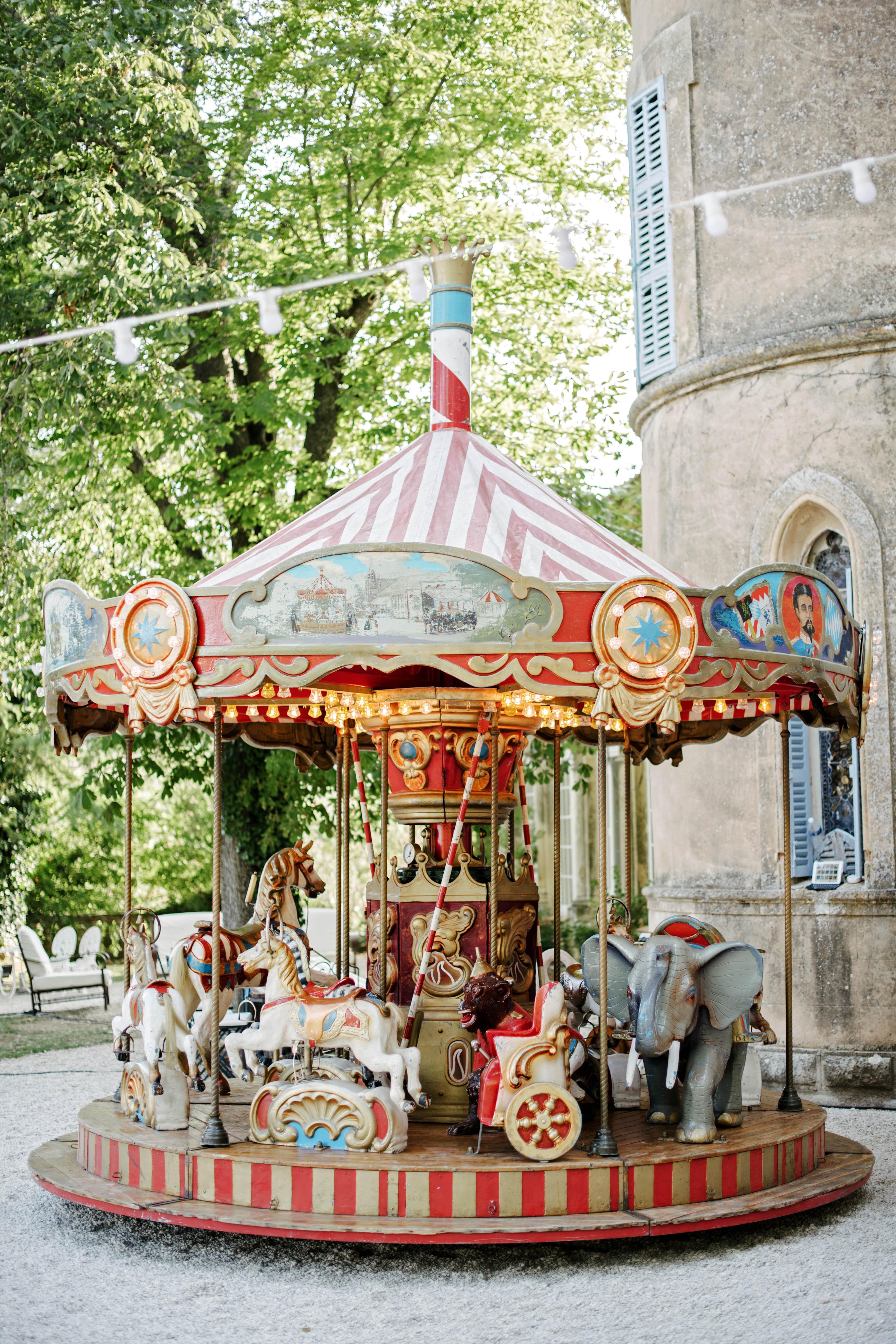 lara kjell circus party carousel