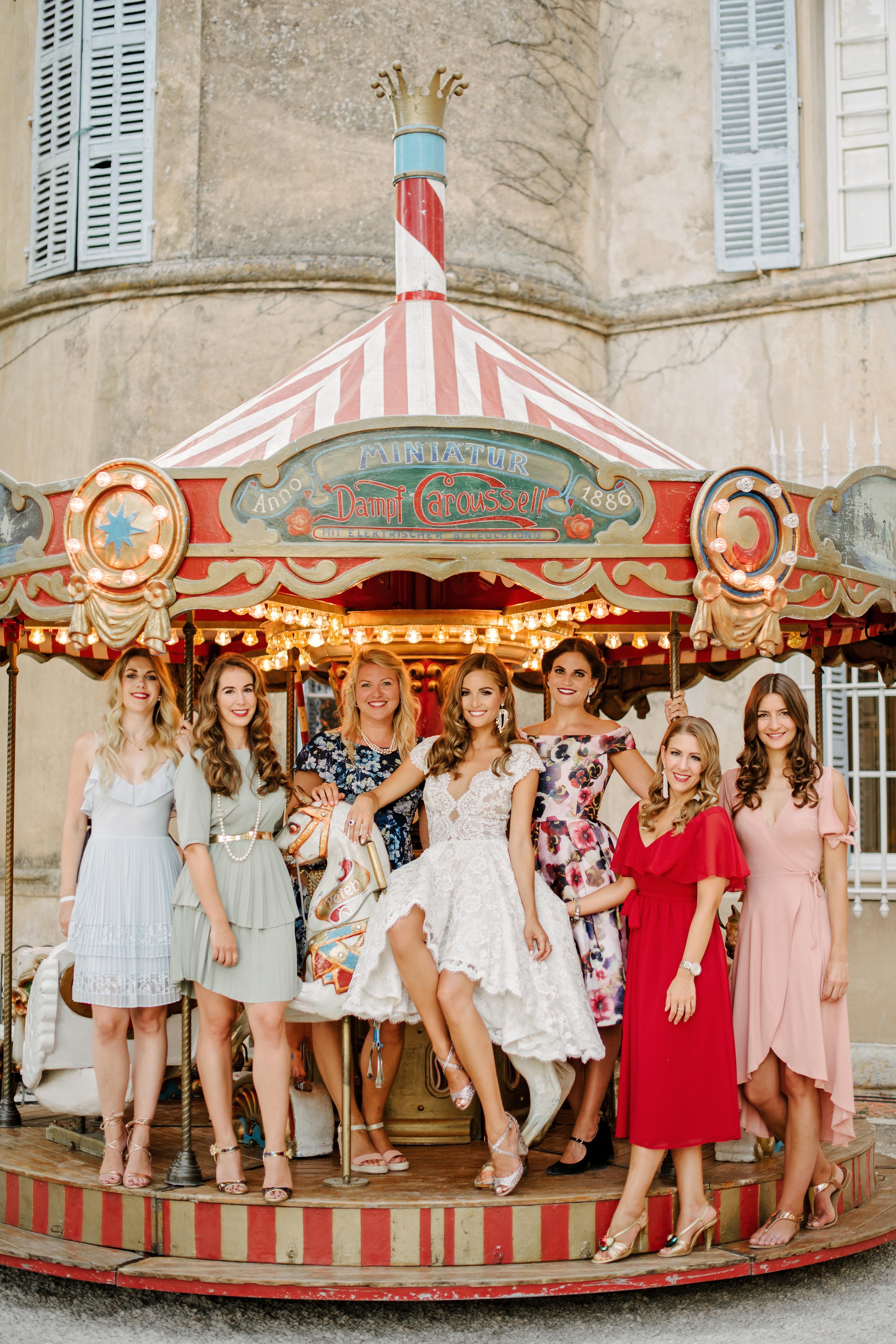 lara kjell circus party girls carousel
