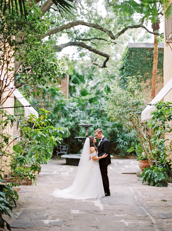 kate austin wedding couple fountain