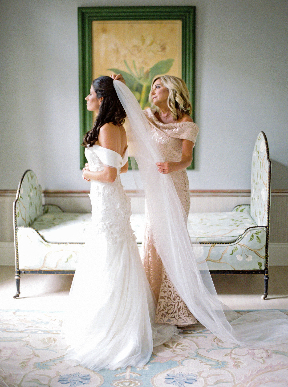 kate austin wedding gettingready bride