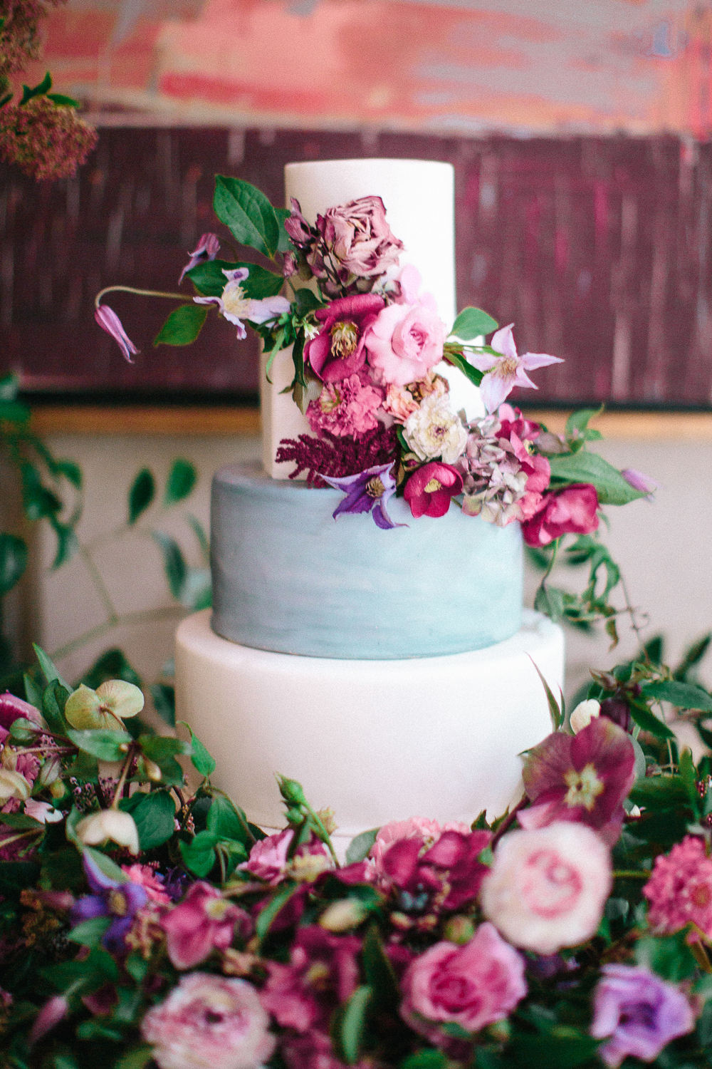 winter wedding cakes kayla barker