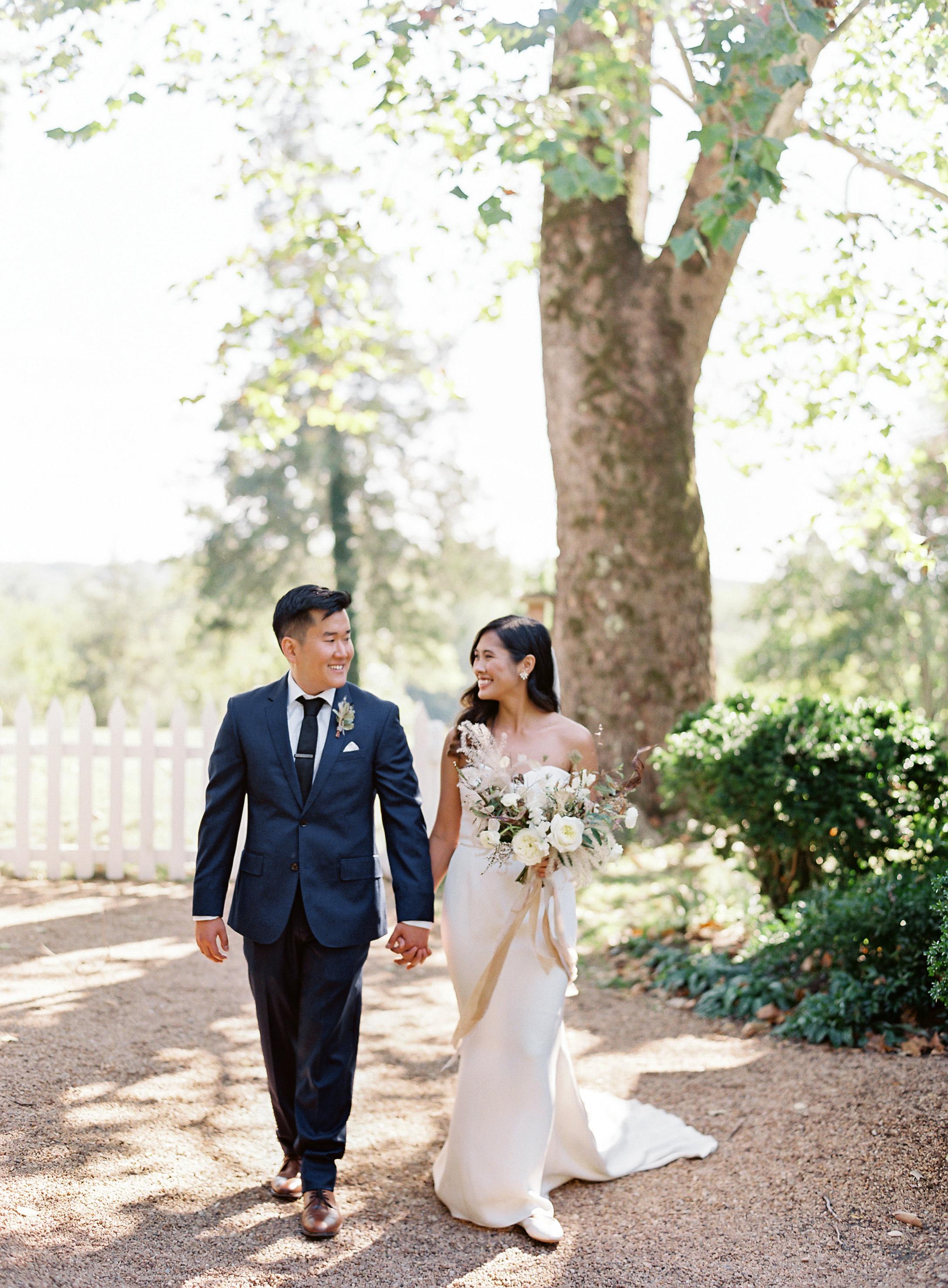linda robert wedding couple