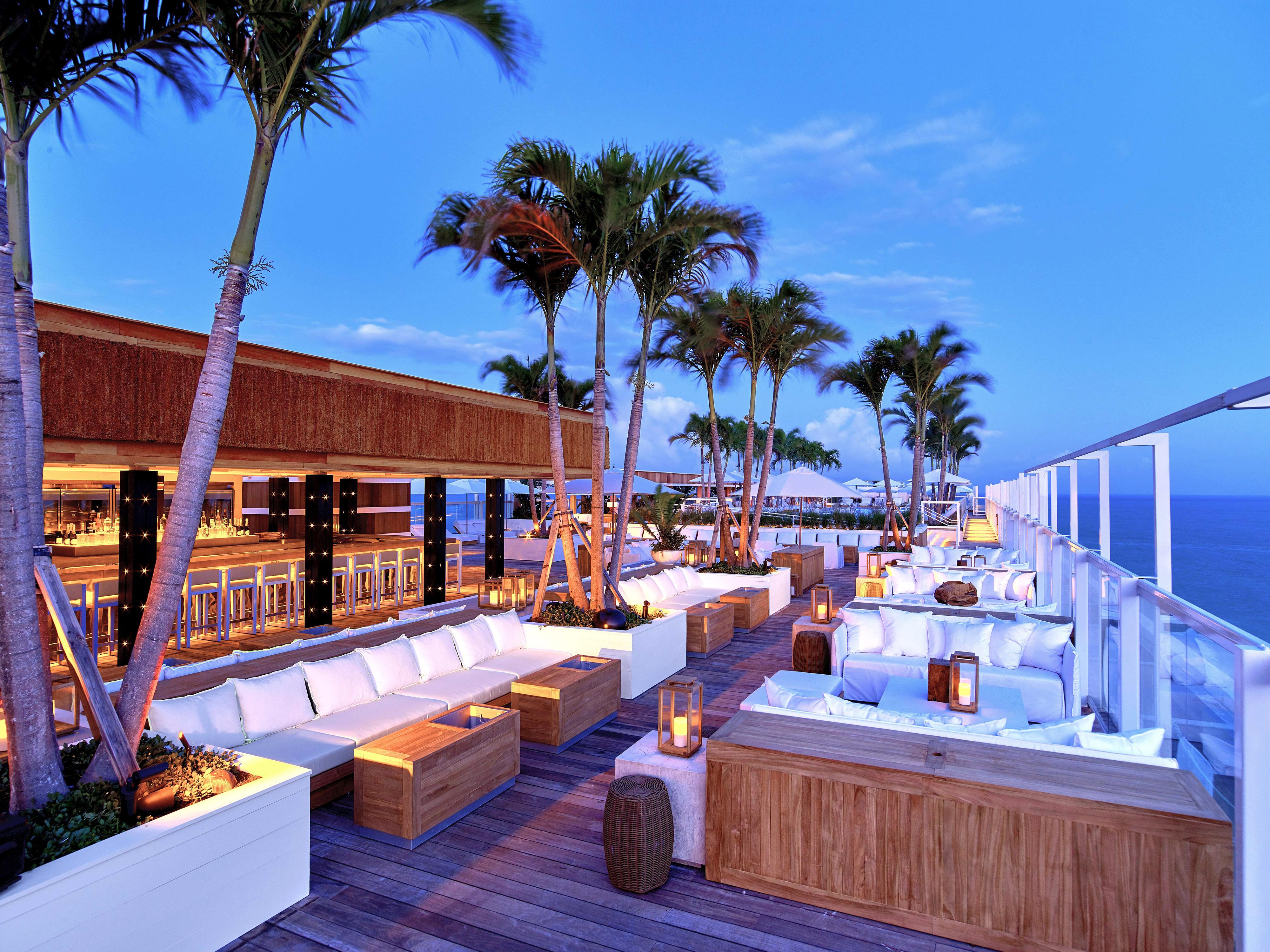 city meets beach hotel 1 hotel south beach bar seating