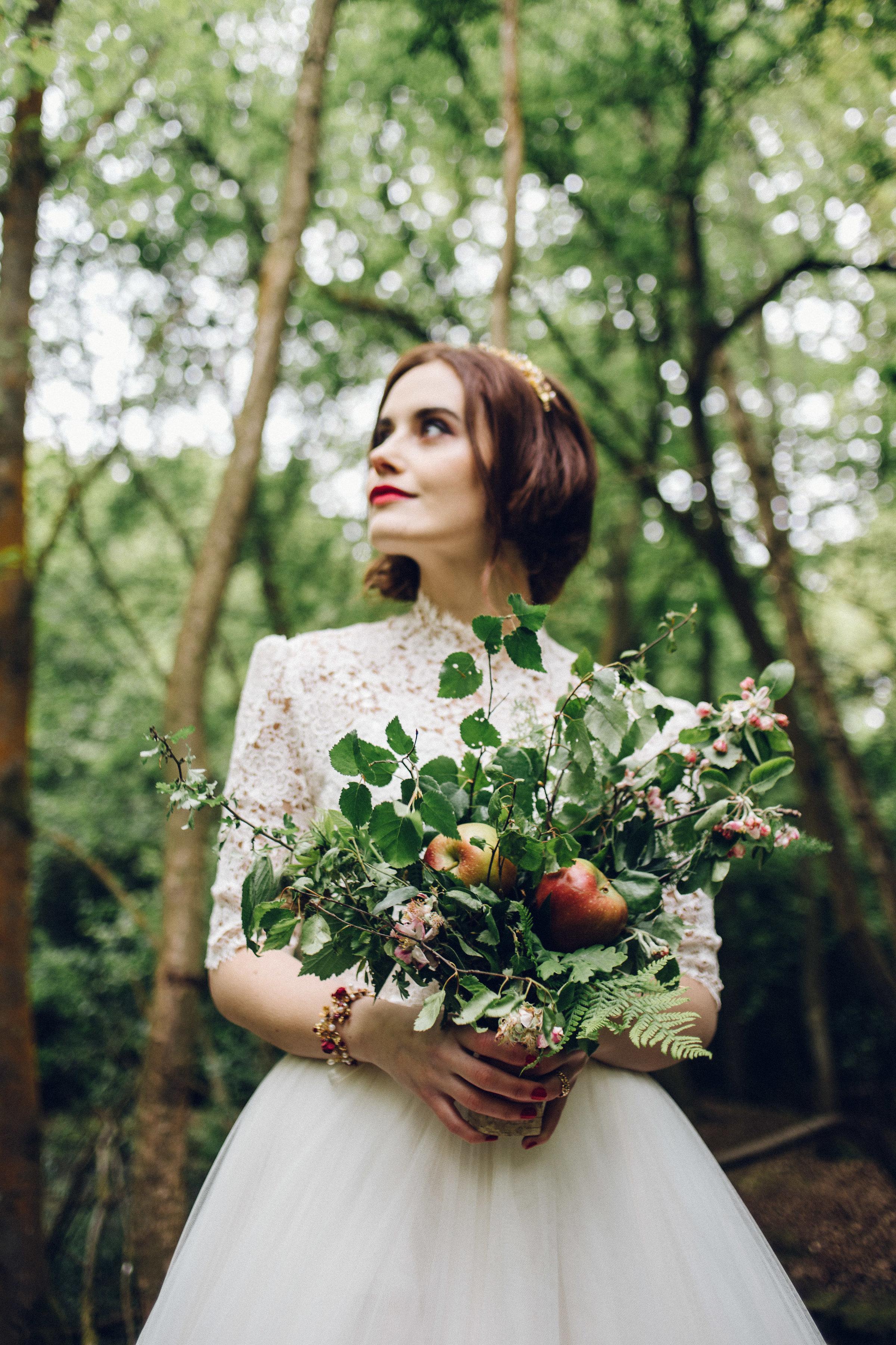 apple wedding ideas chloe lee