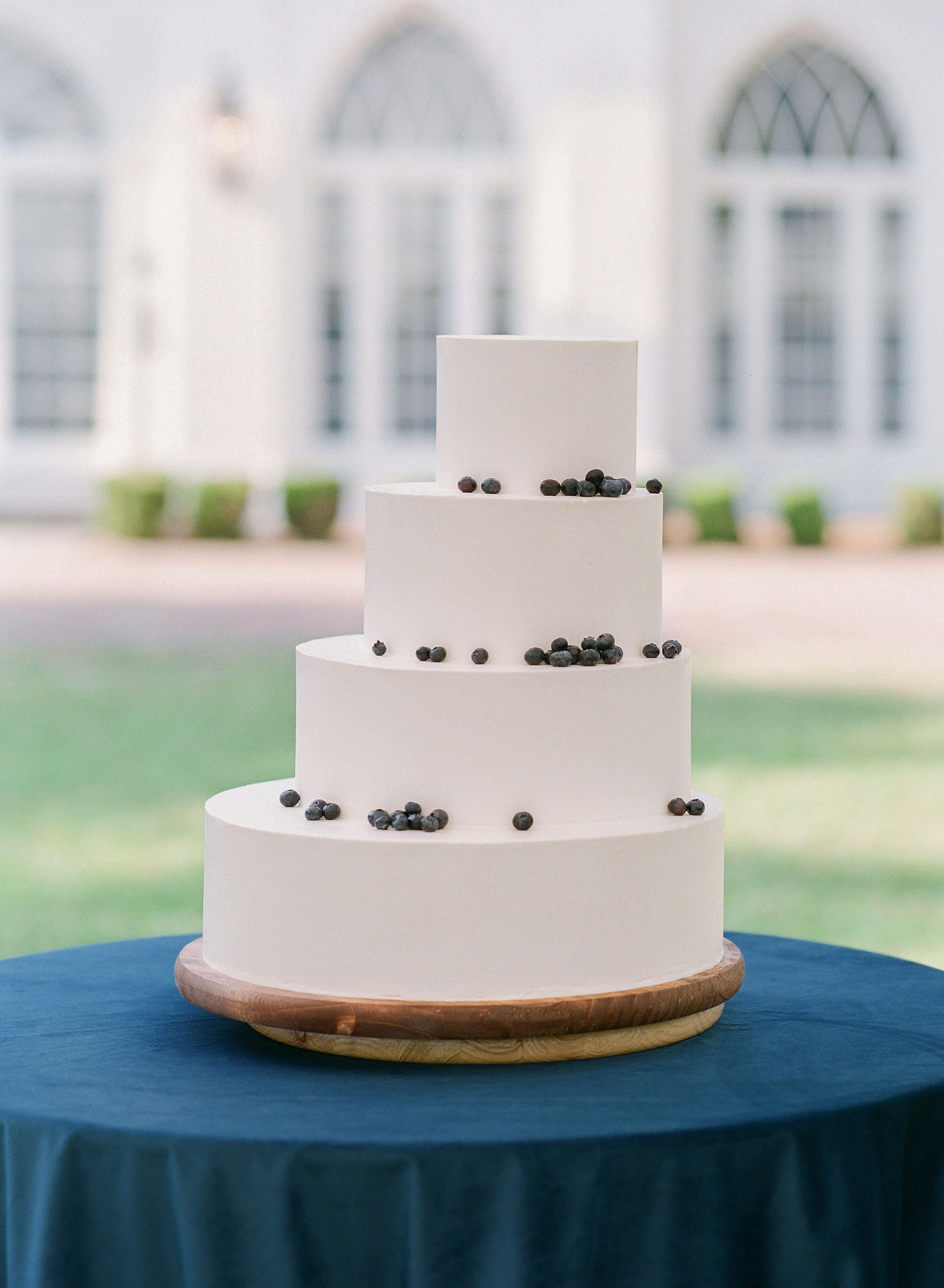 christina matt wedding charleston sc cake blue modern