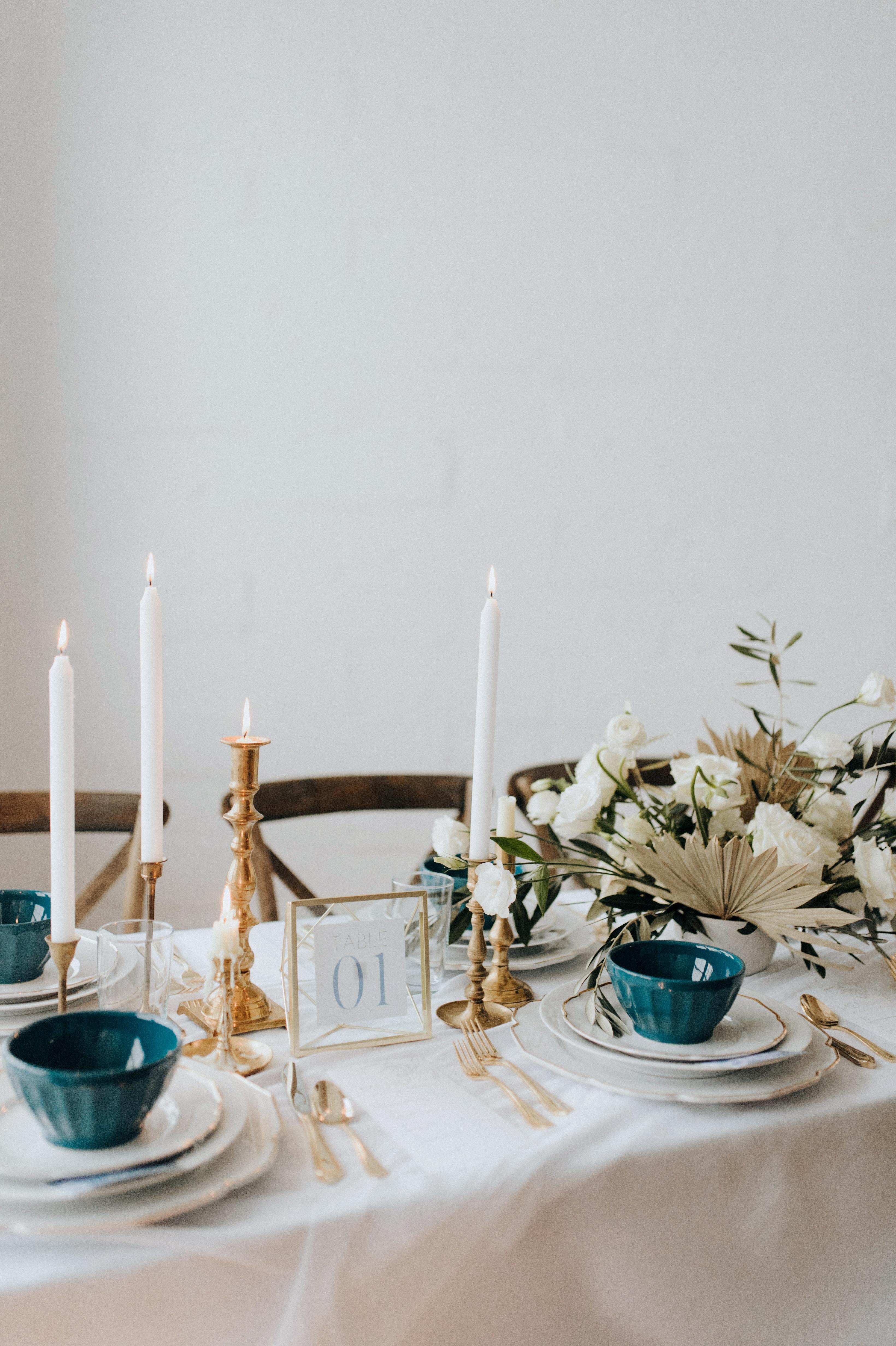 winter wedding centerpieces rachel liz photography