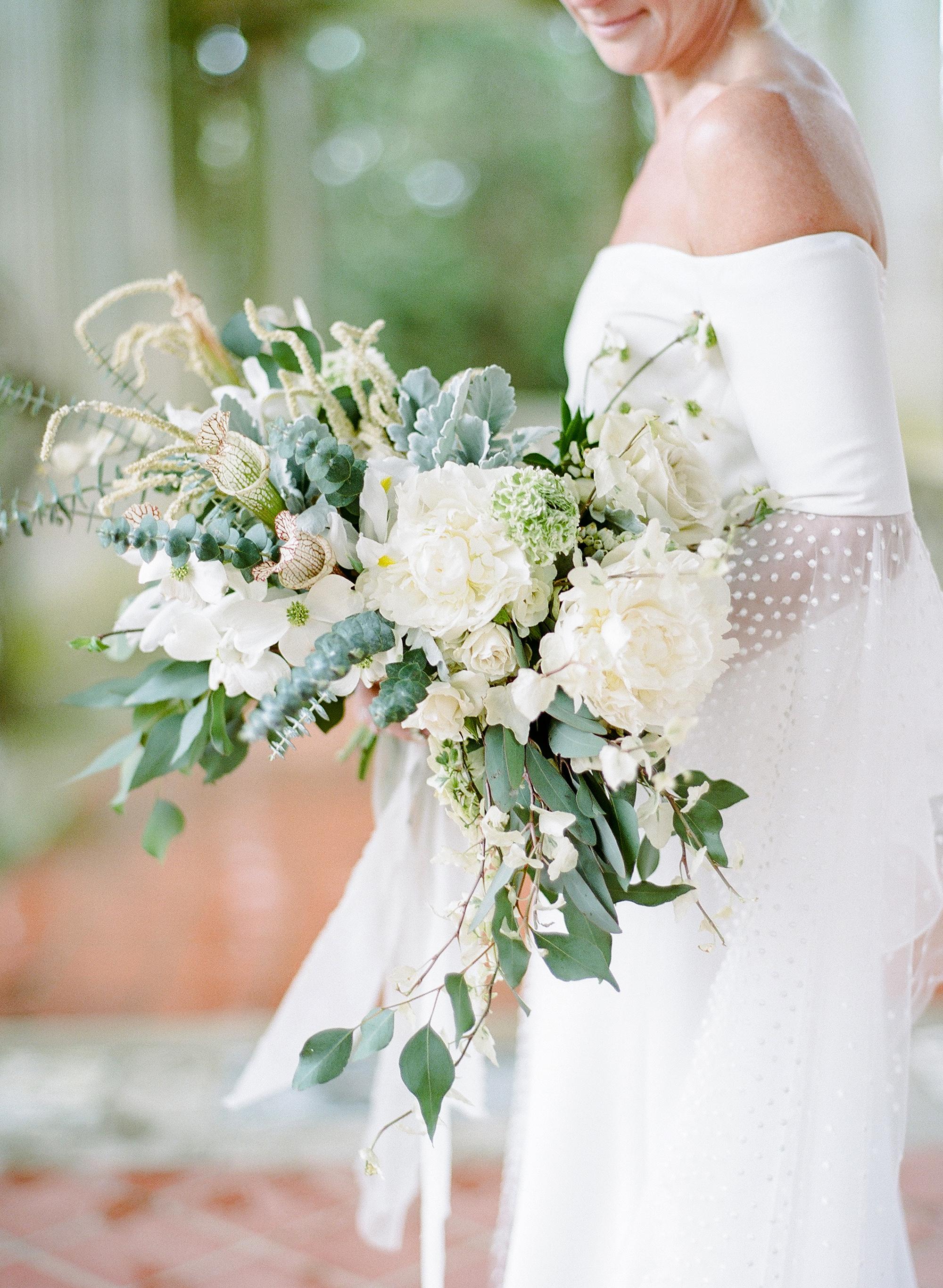 michelle robert wedding bouquet