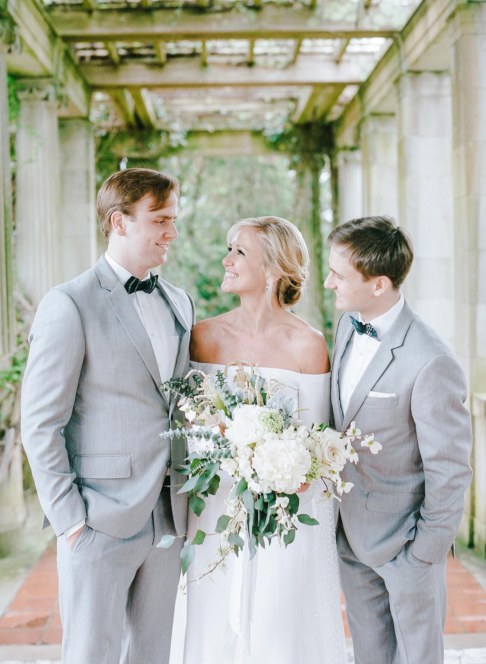 michelle robert wedding groomsmen