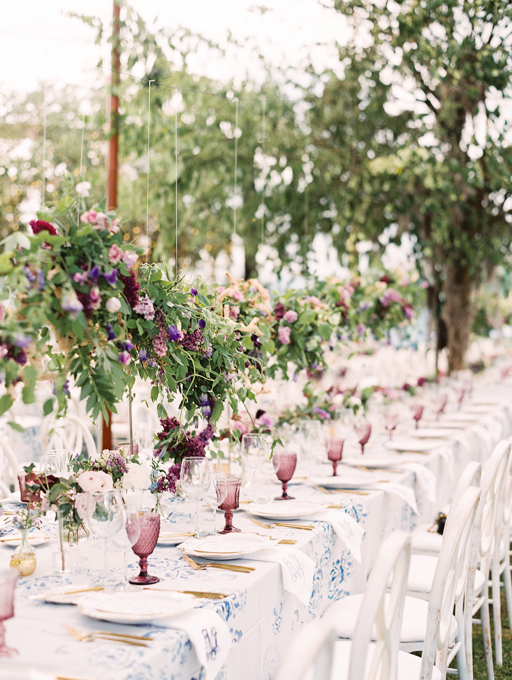 julia mitchell wedding reception table