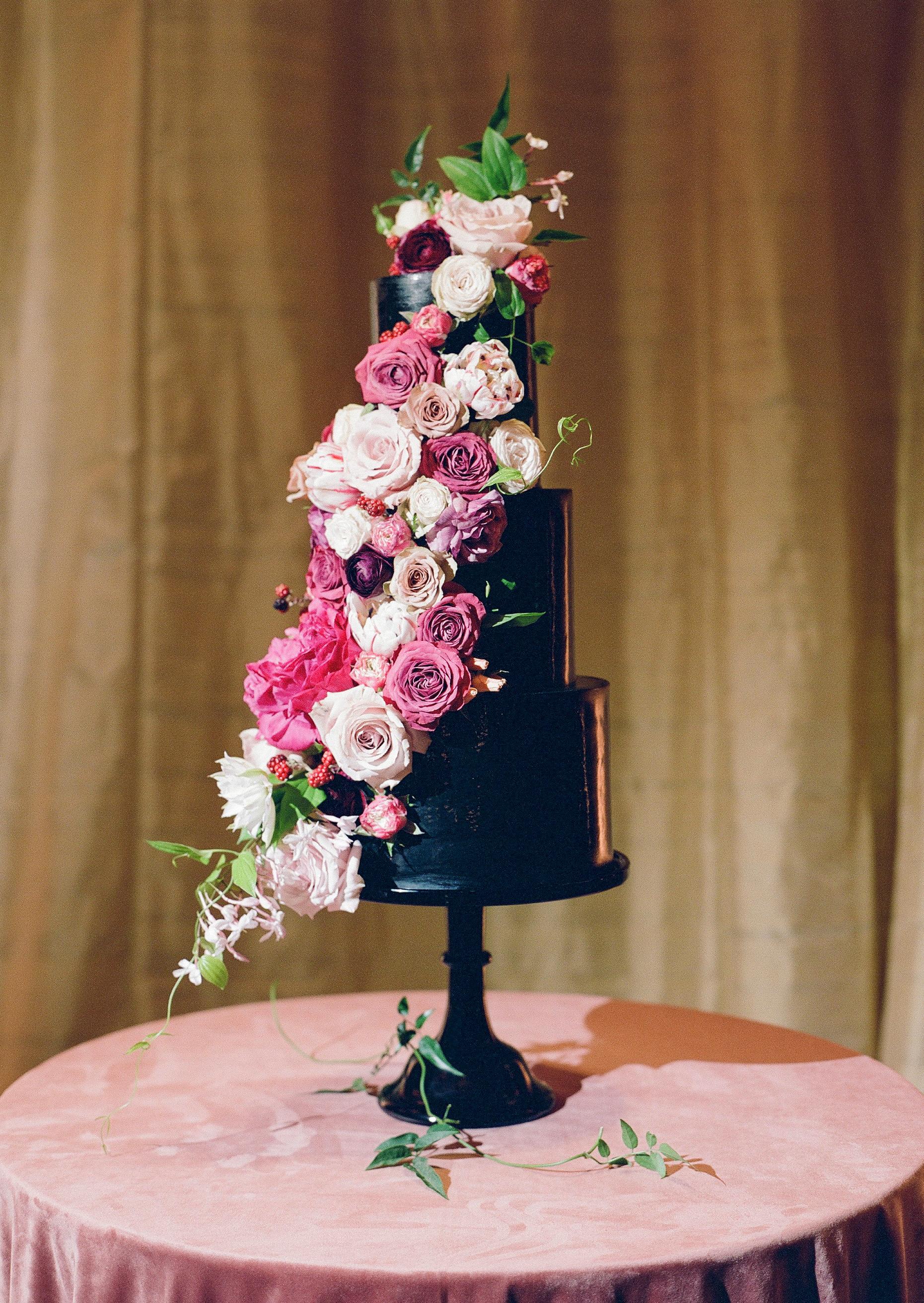 black wedding cake jose villa thewholecake