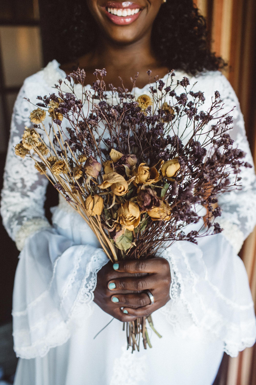 vasthy mason wedding dried bouquet