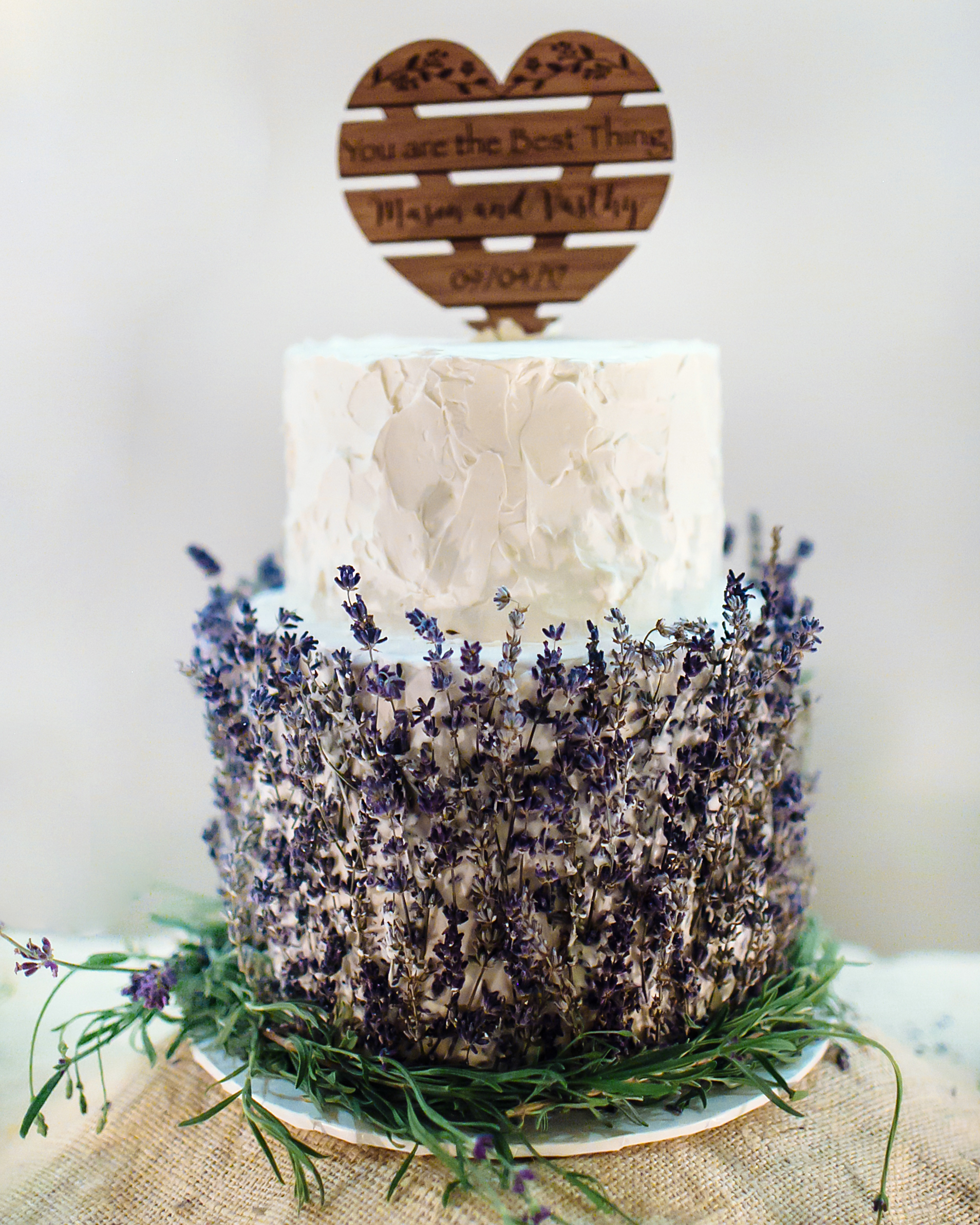 vasthy mason wedding cake