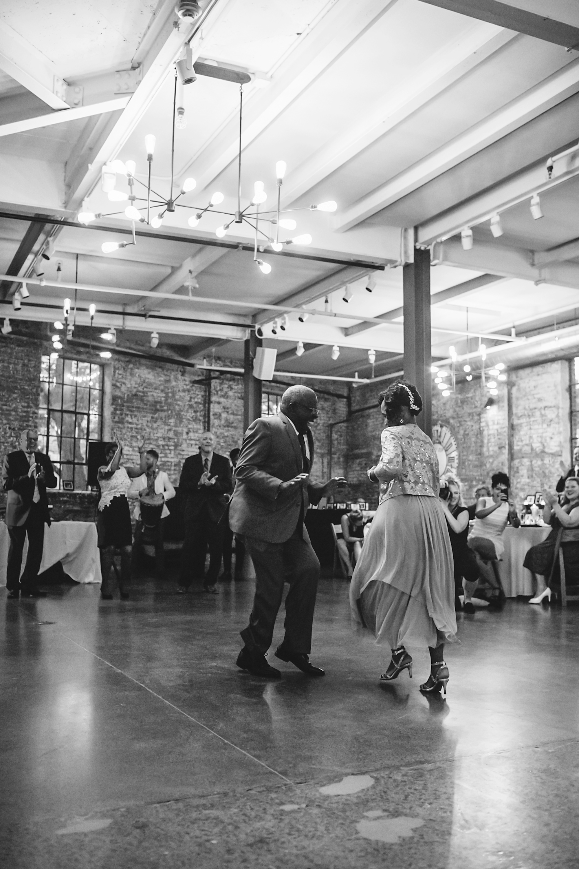 vasthy-mason wedding guests dancing