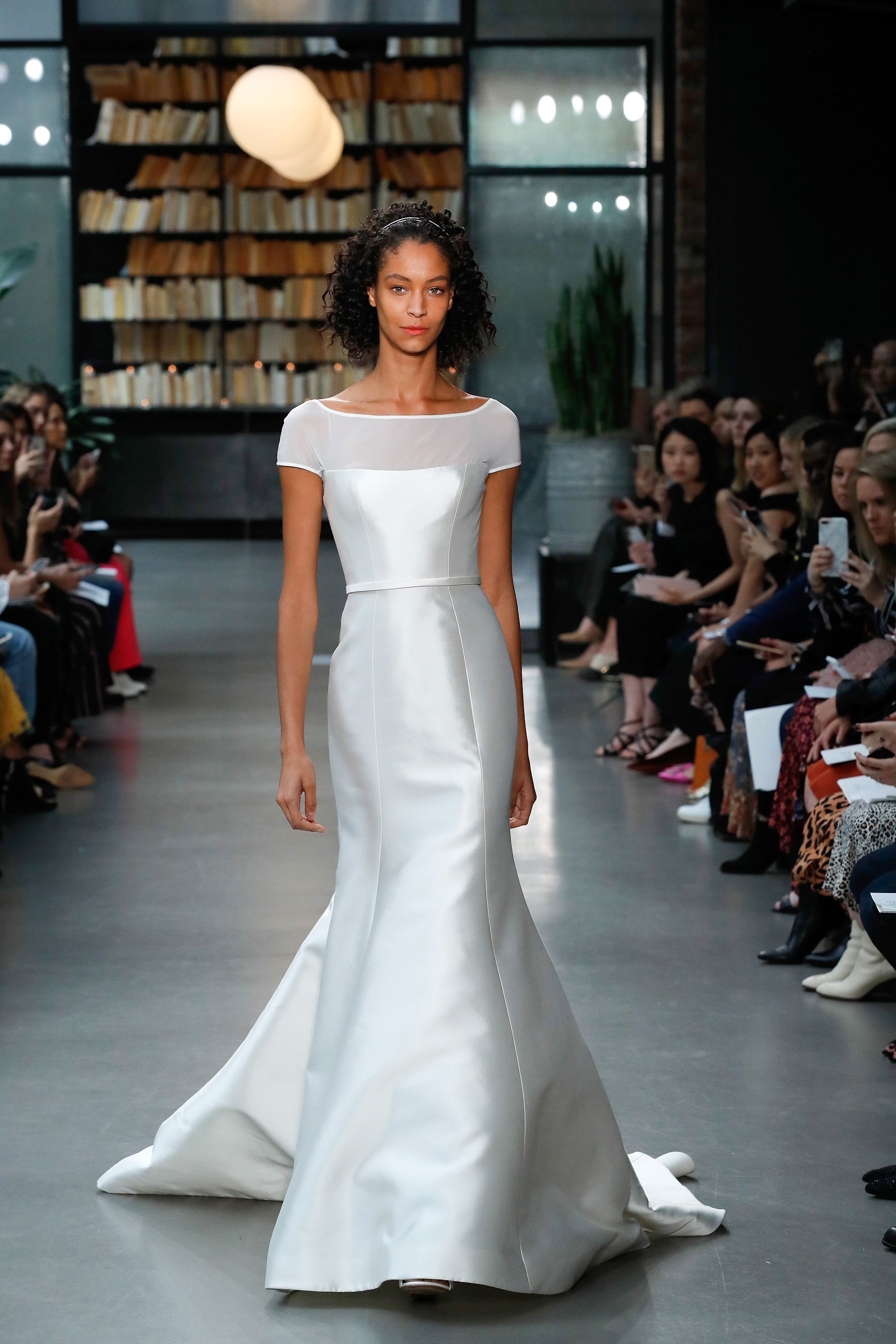 amsale fall 2019 short sleeve mermaid wedding dress