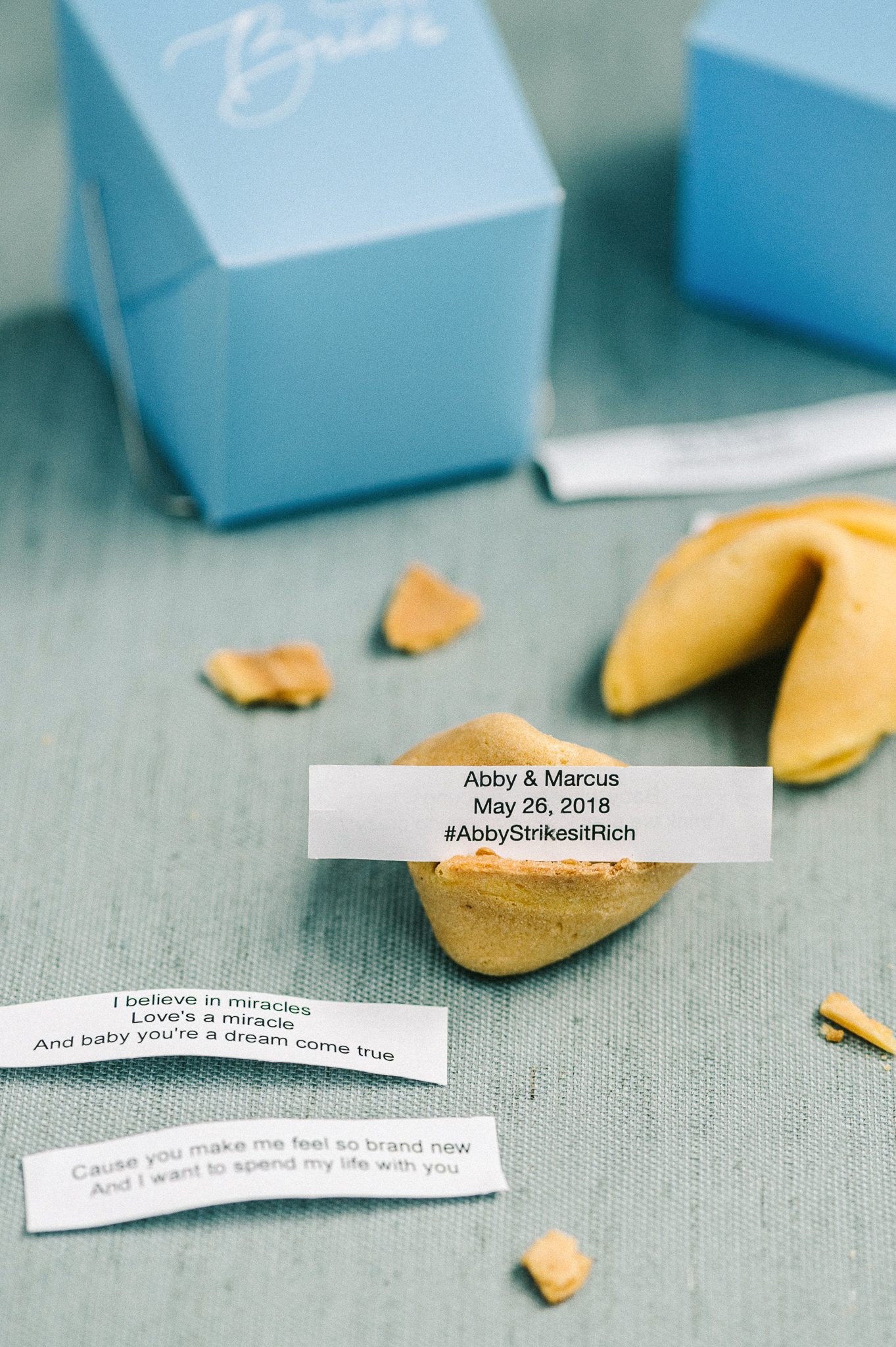 abby marcus wedding favors fortune cookies 16