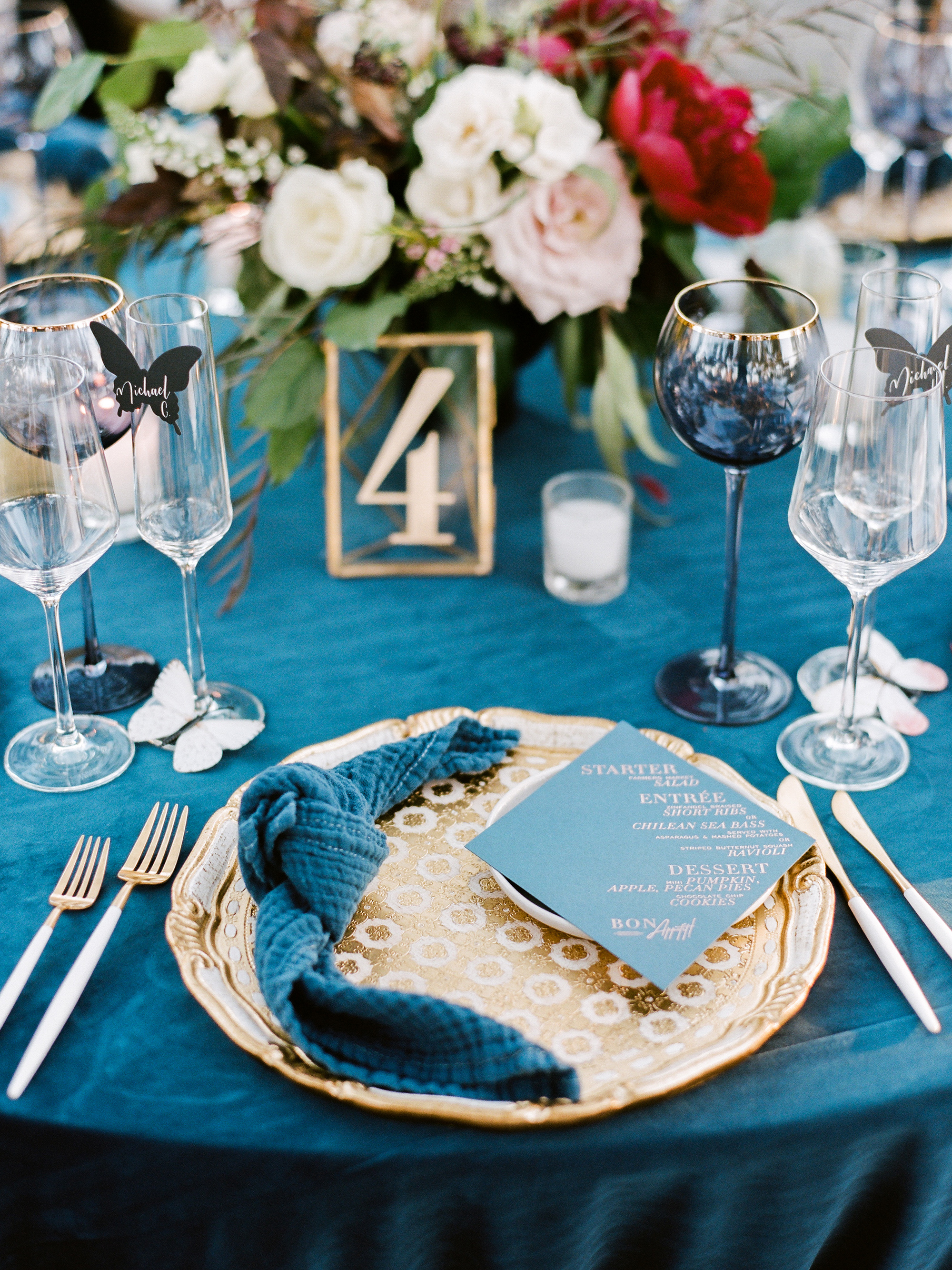 kiersten ruairi wedding place setting