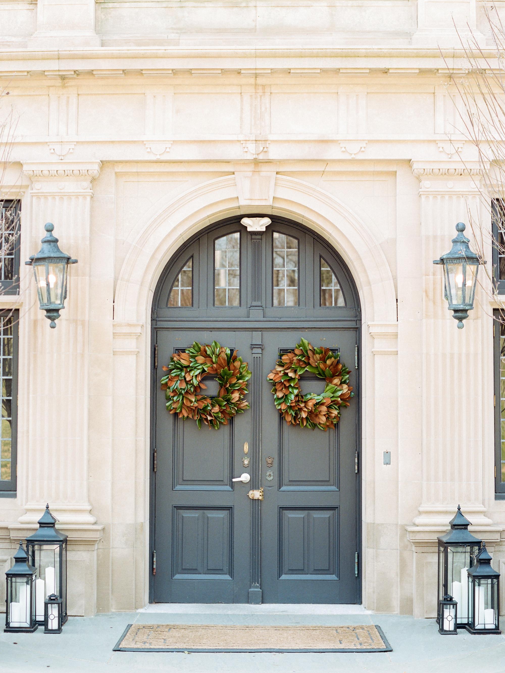 kelly drew new jersey wedding door wreaths