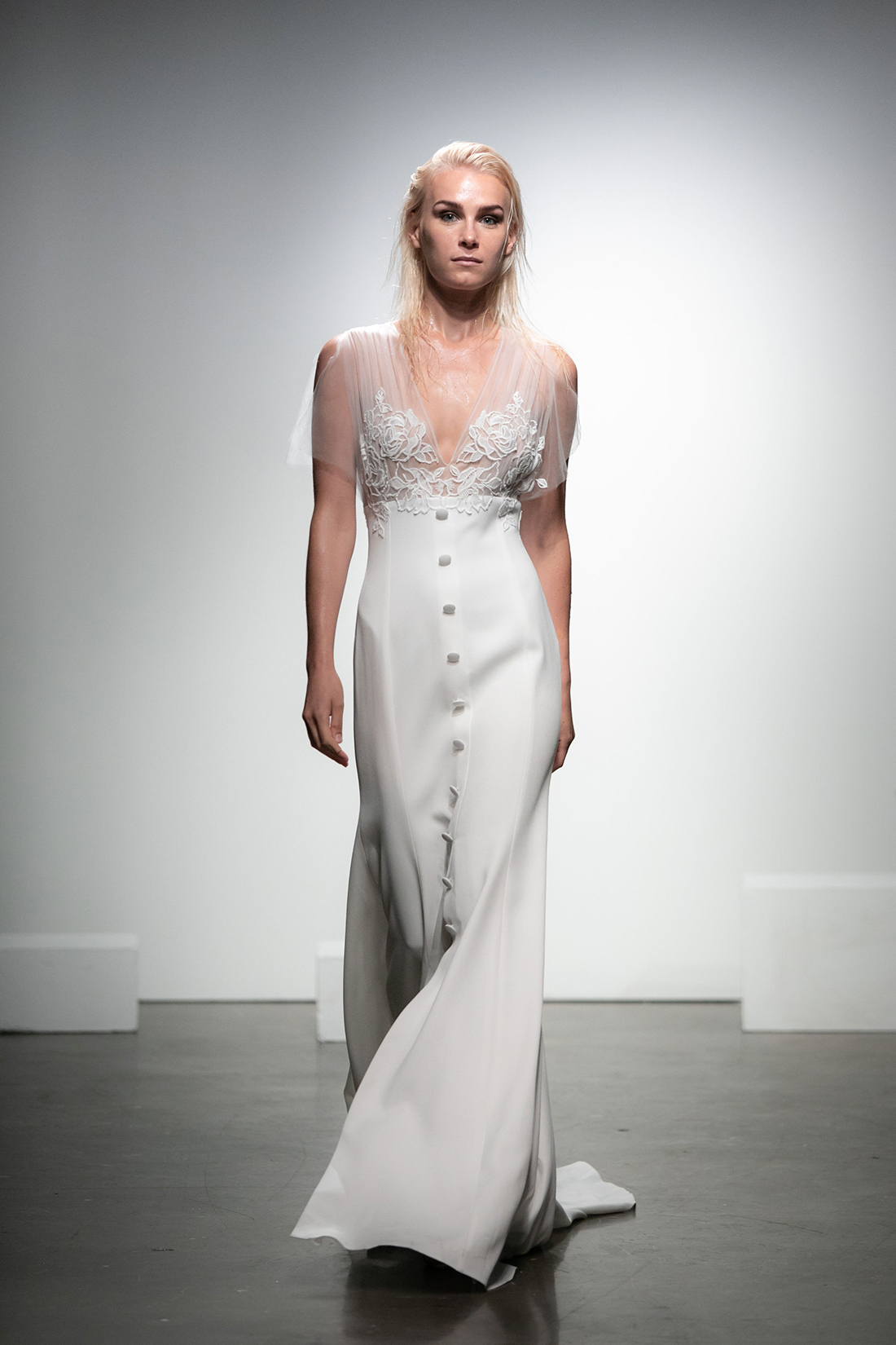rime arodaky fall 2019 trumpet illusion v neck sleeveless sheer floral applique