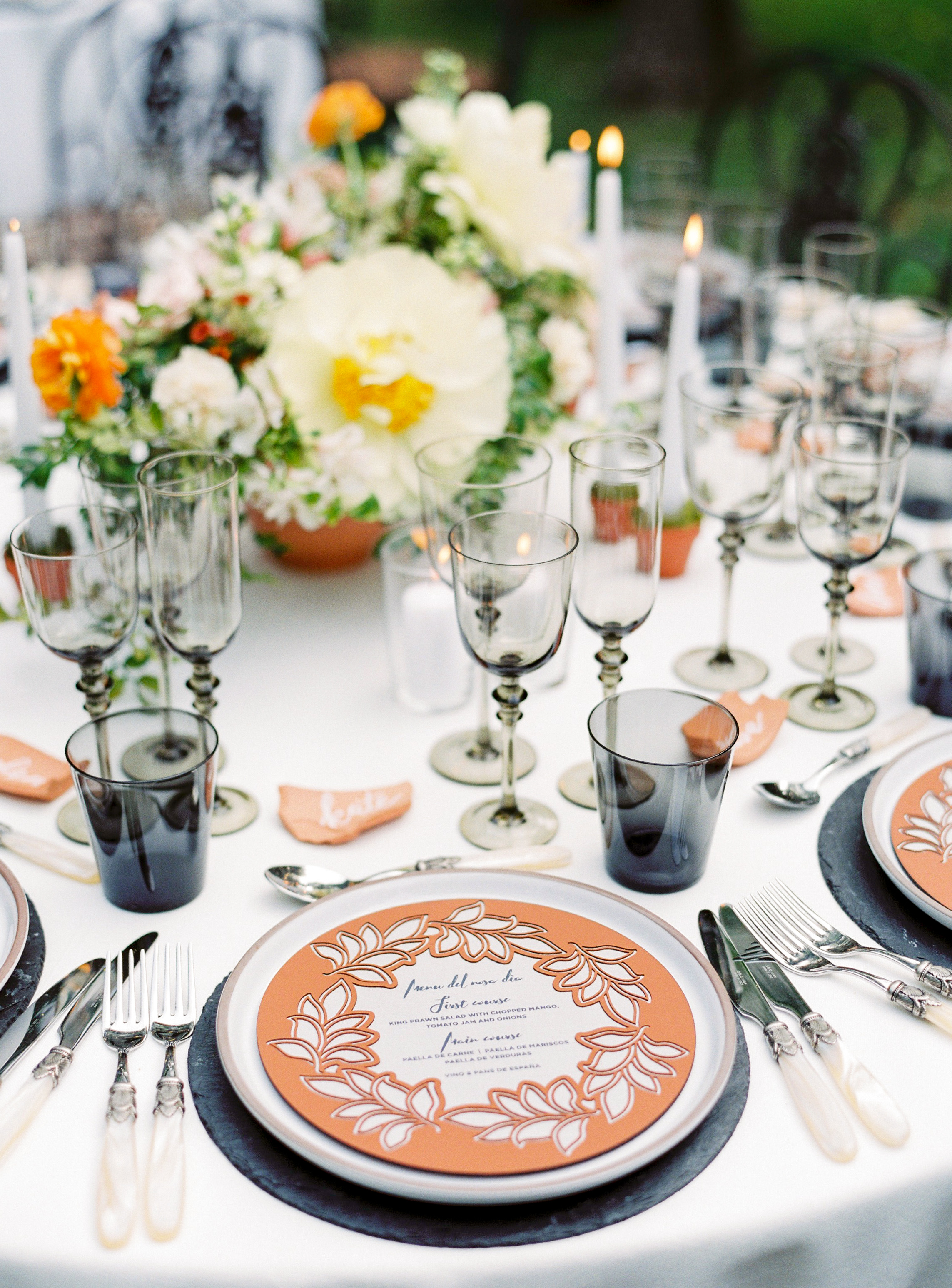 slate boards included with table setting floral centerpiece