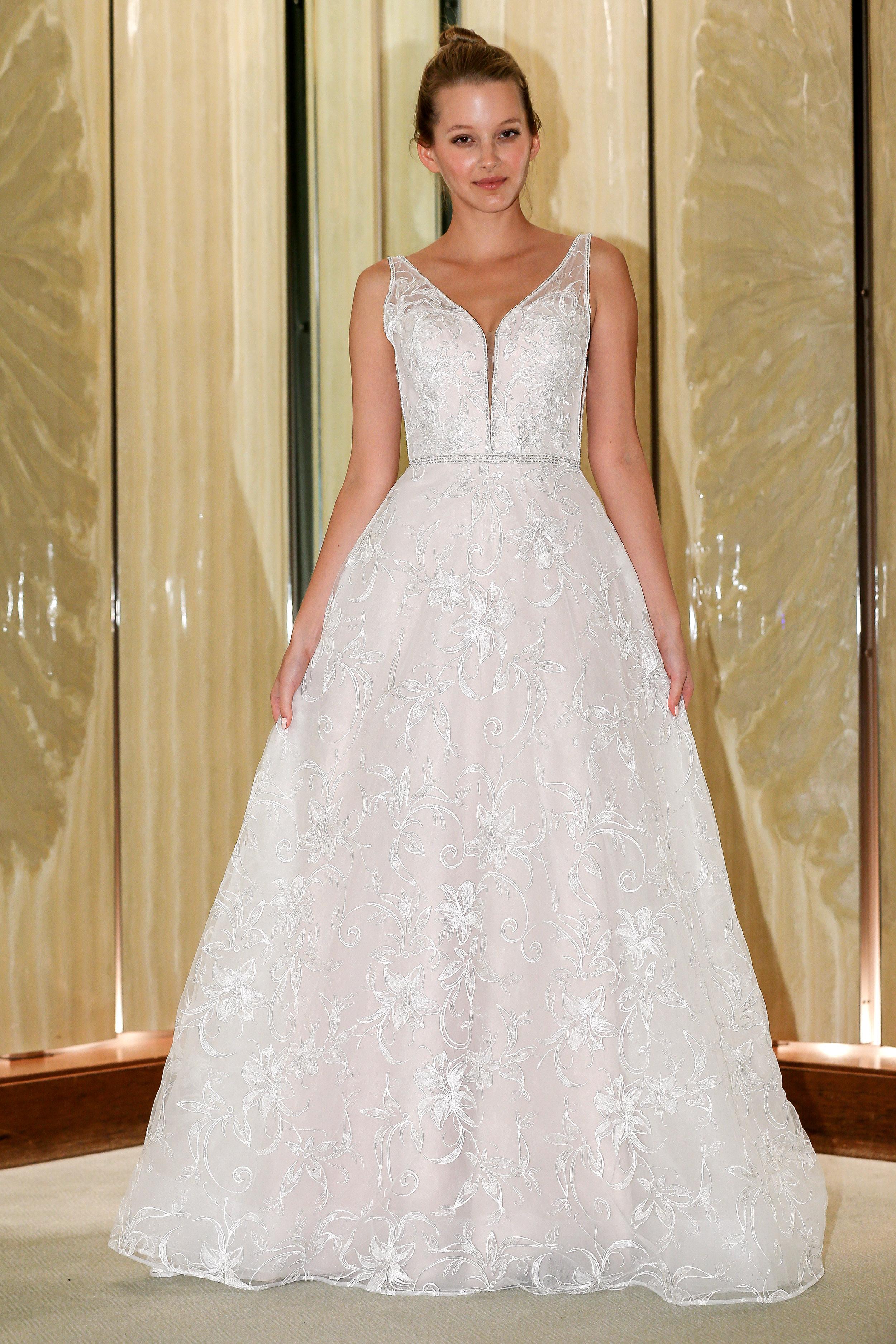 randy fenoli wedding dress floral applique v-neck a-line