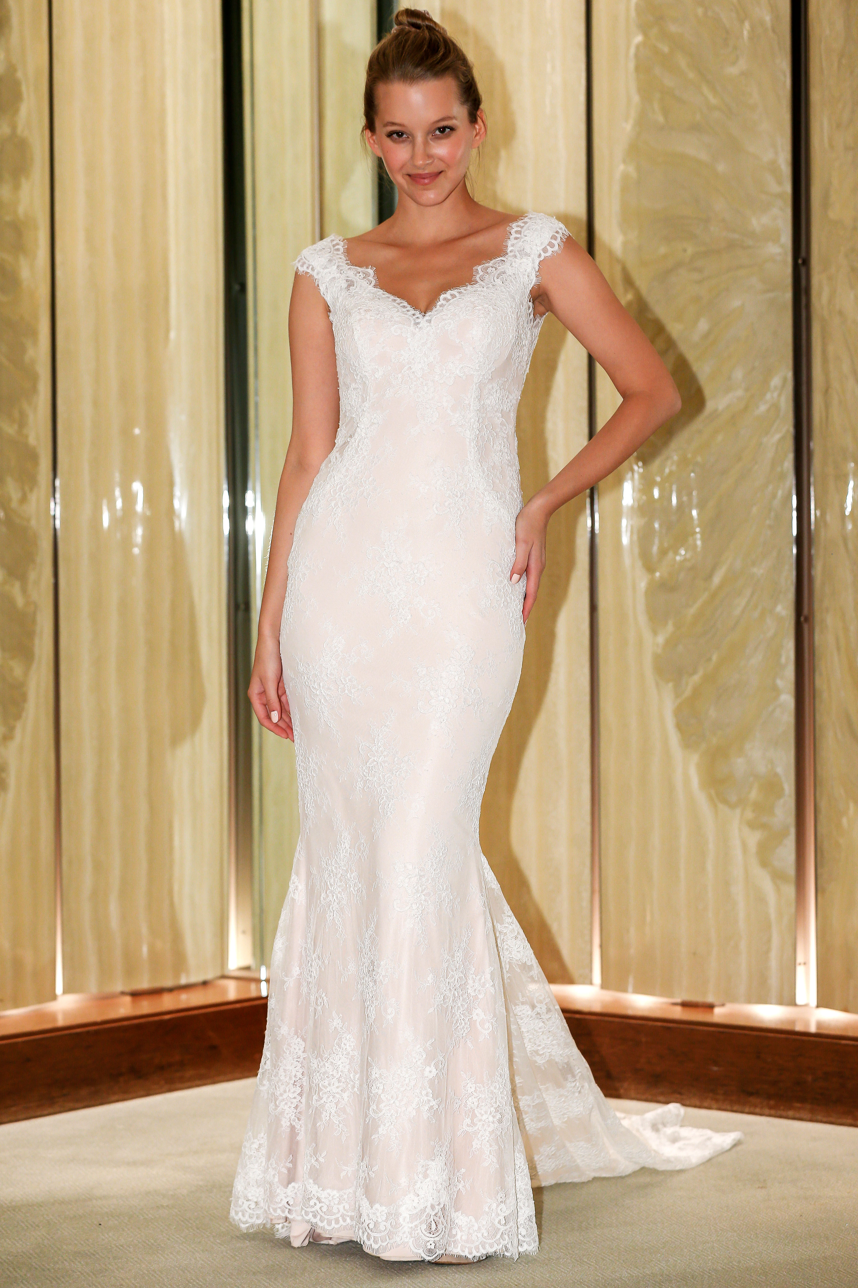randy fenoli wedding dress cap sleeves lace trumpet v-neck