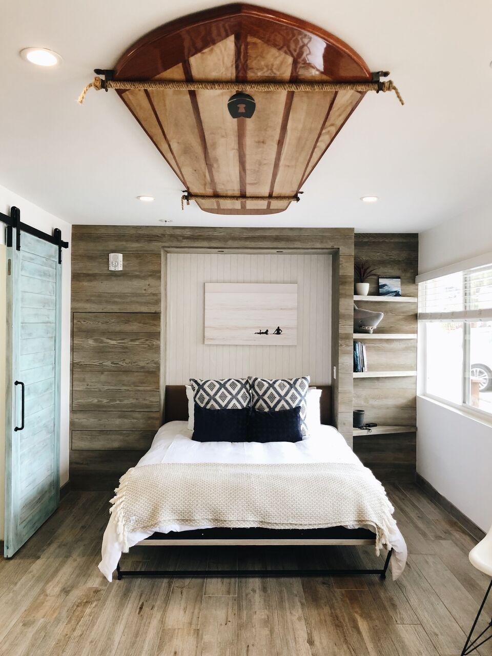 bachelorette cities san diego surfhouse bedroom