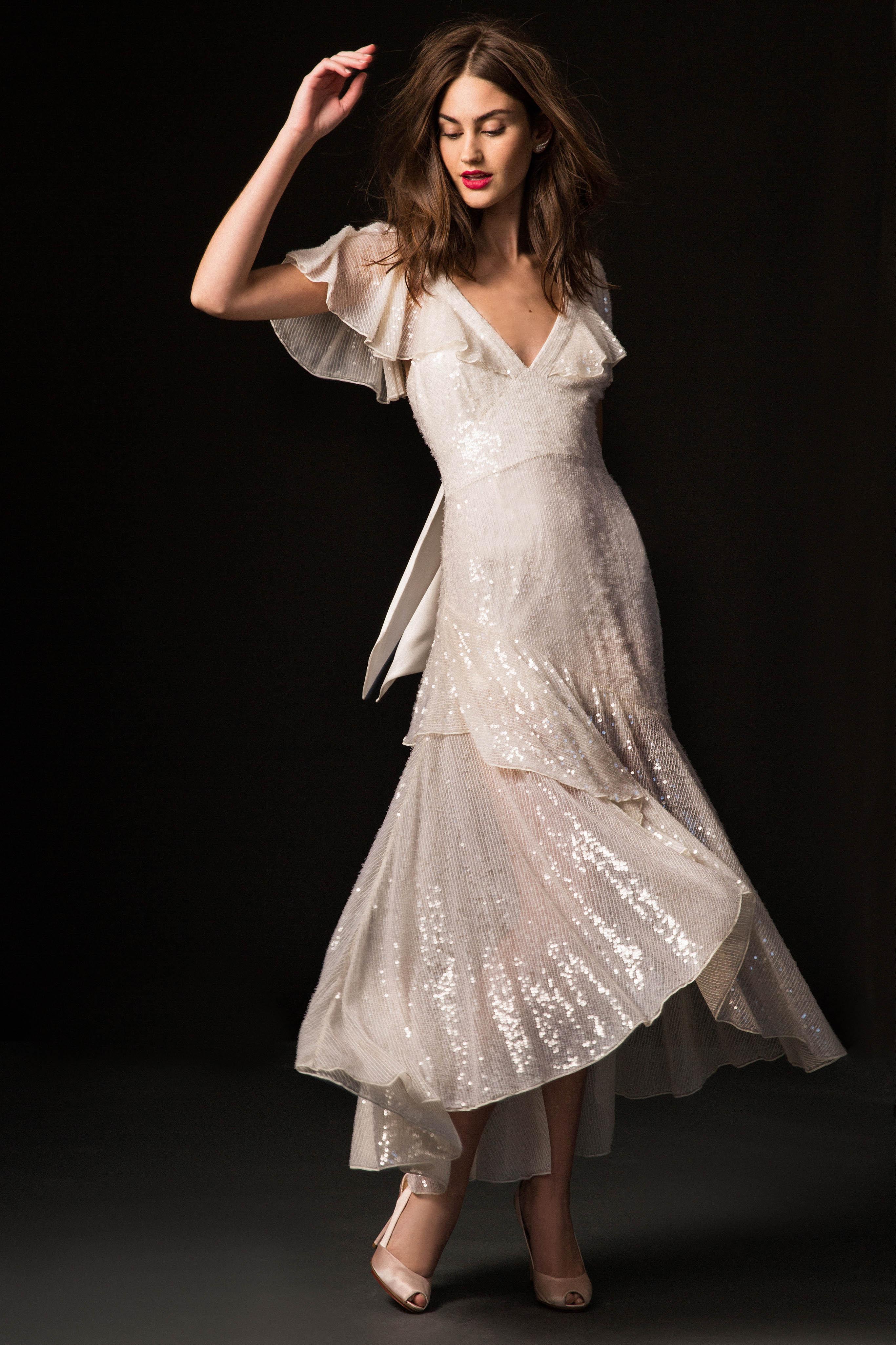 temperley fall 2019 v-neck high-low dress wedding dress