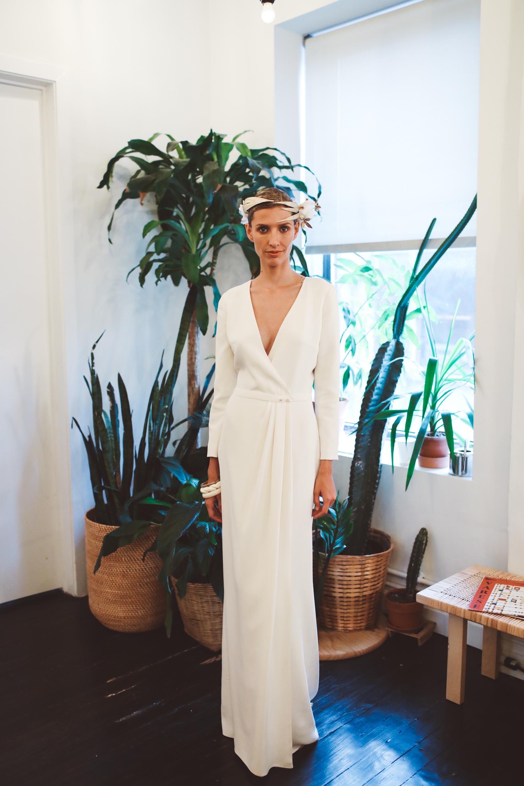 laure de sagazan fall 2019 mermaid plunging v neck long sleeves minimalist