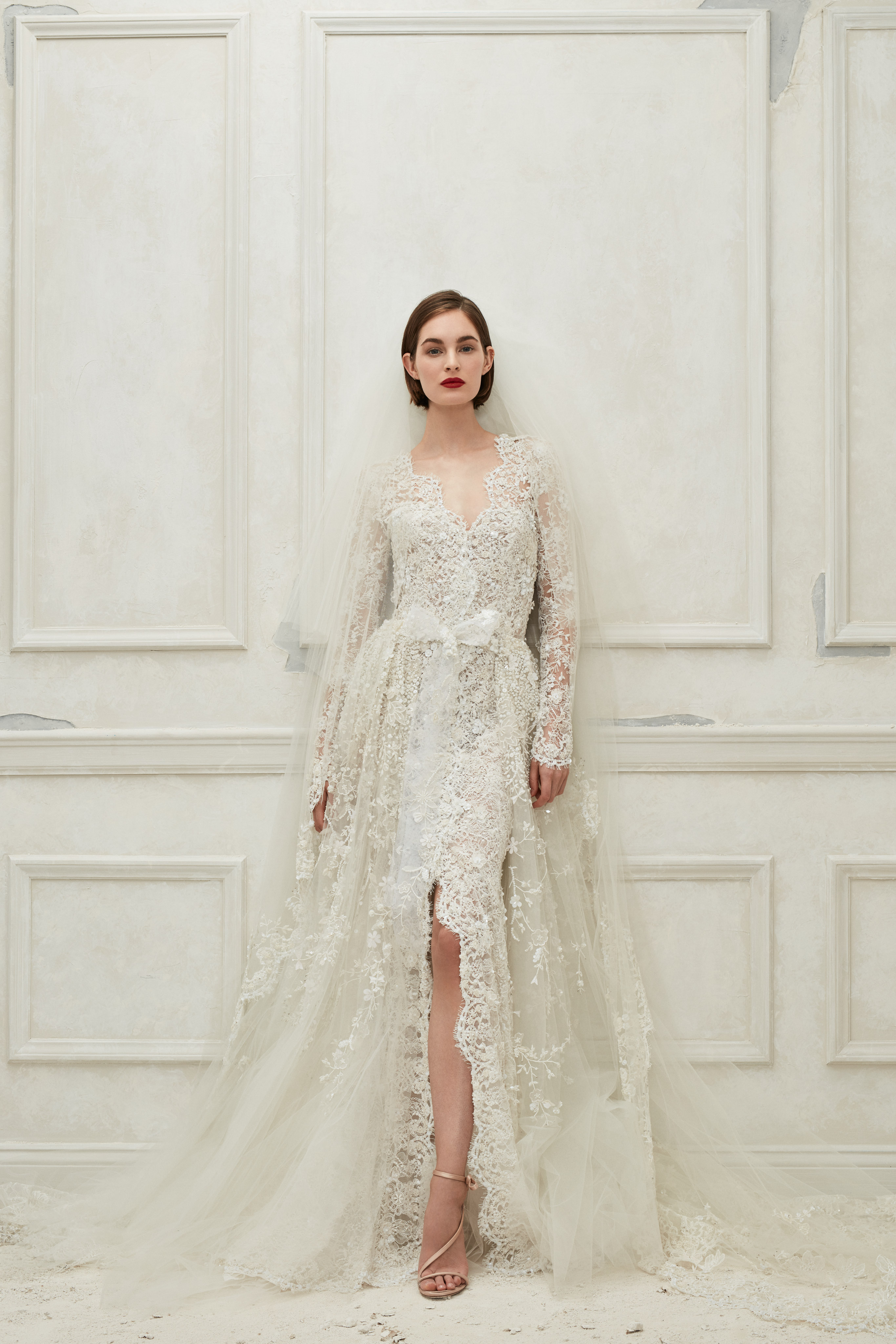 Oscar de la Renta long sleeves wedding dress fall 2019