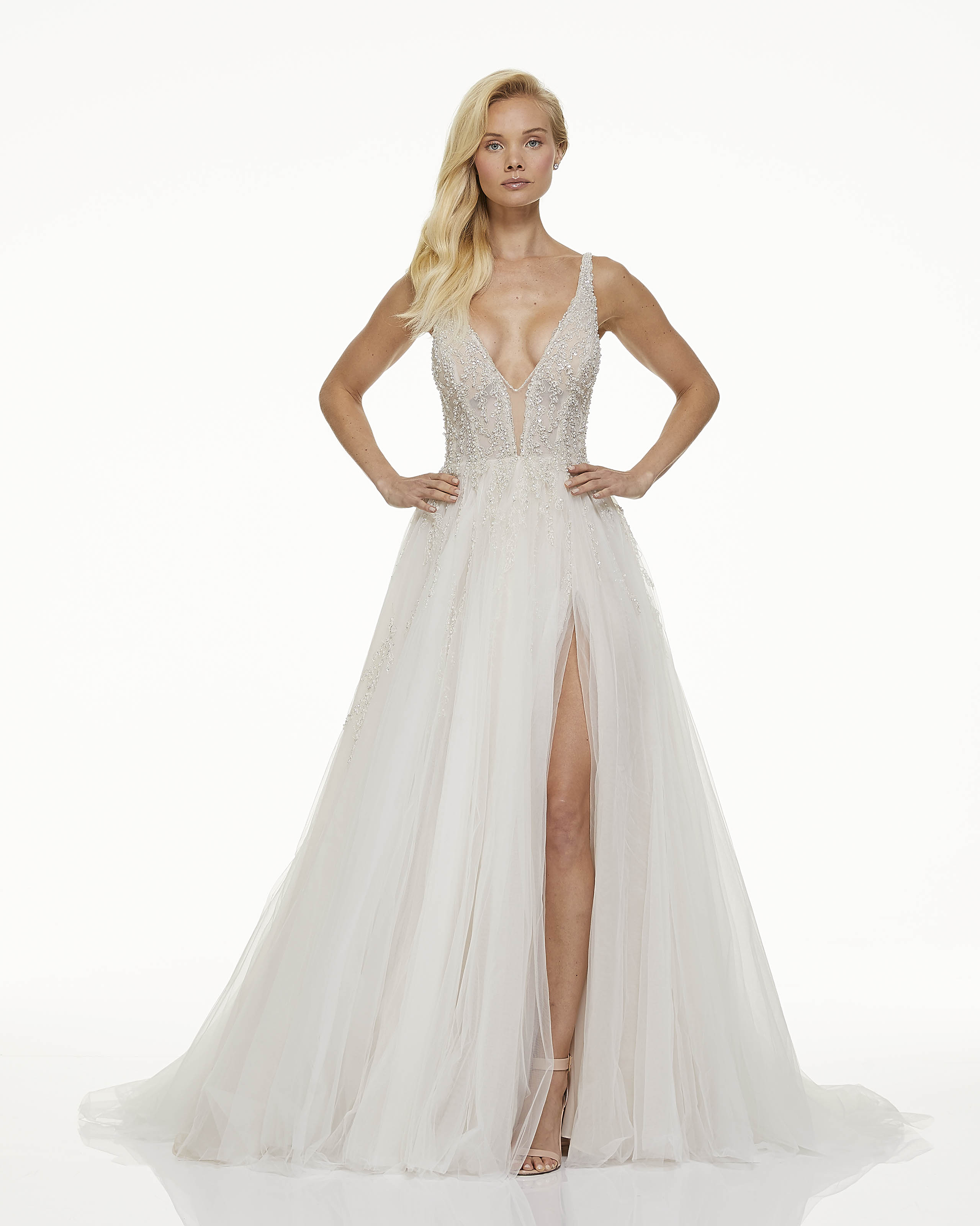 mark zunino fall 2019 ball gown high slit plunging v neck sleeveless glitter