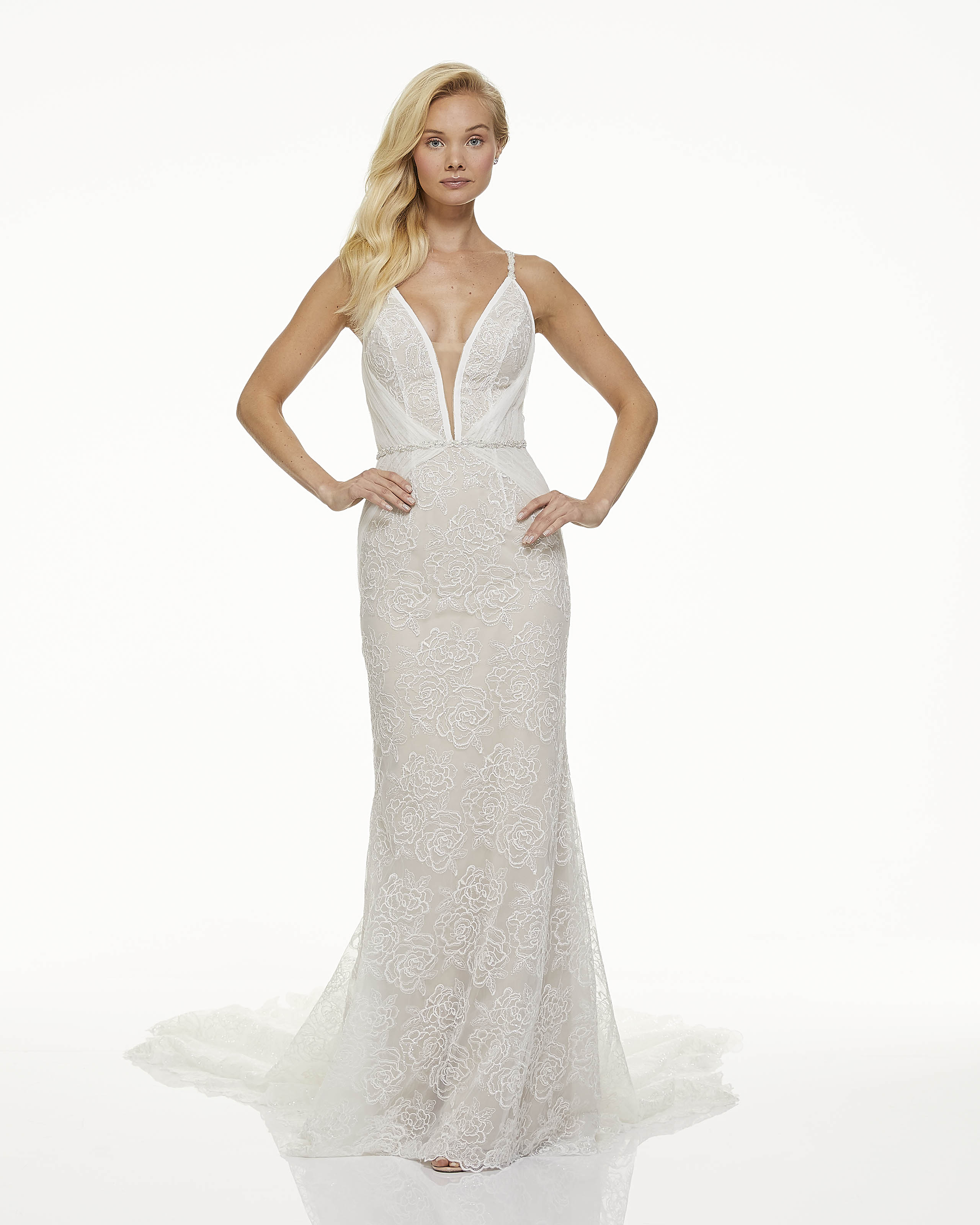 mark zunino fall 2019 mermaid plunging v neck spaghetti strap sheer floral overlay