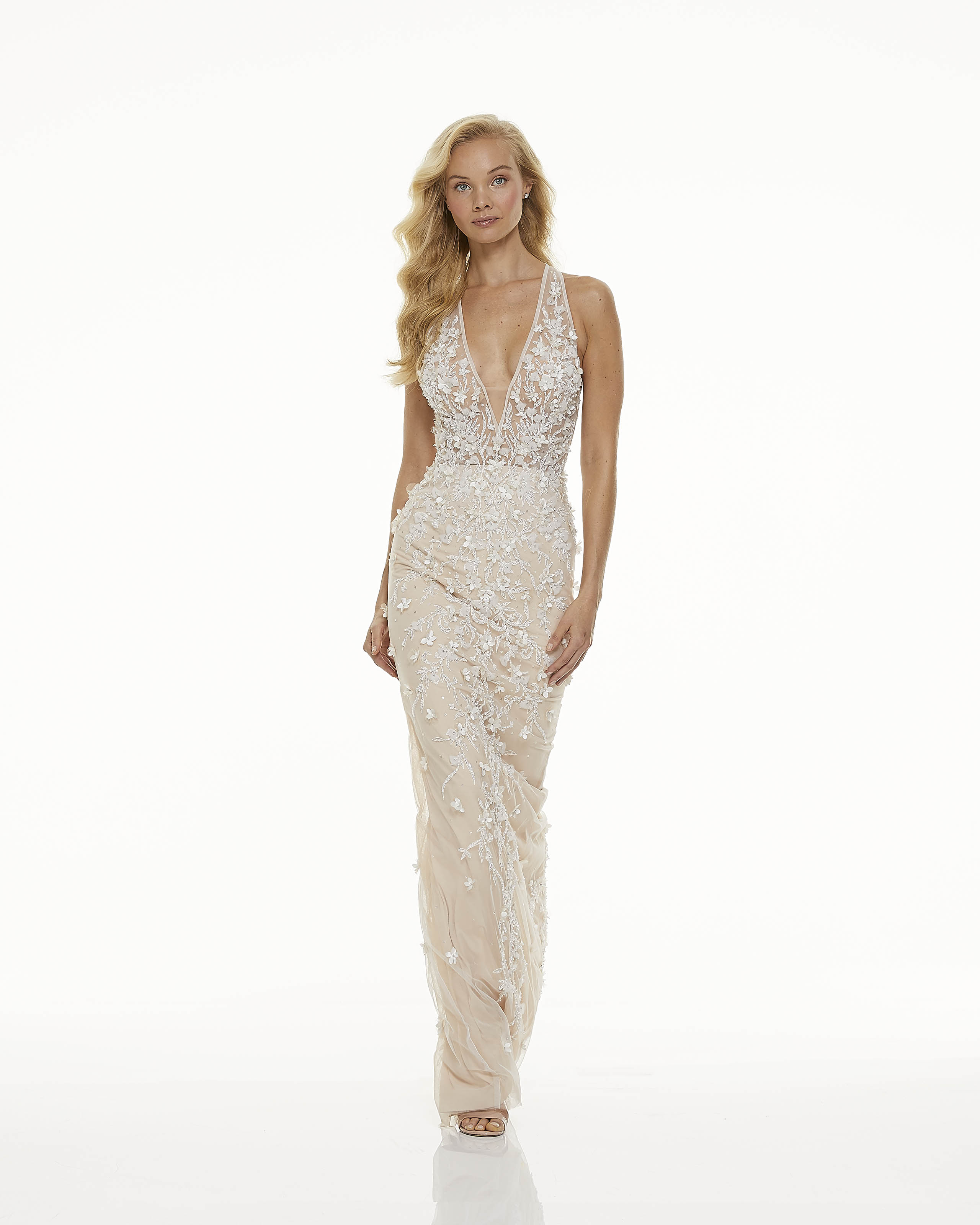mark zunino fall 2019 sheath plunging v neck sleeveless cream floral applique