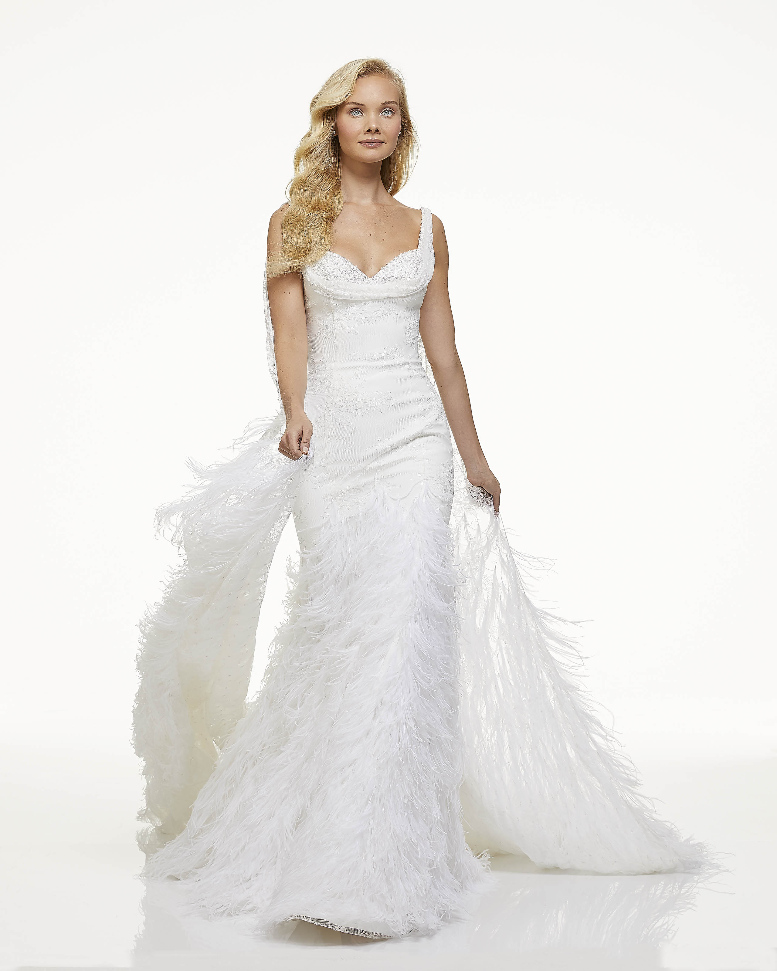 mark zunino fall 2019 mermaid sweetheart sleeveless feathers sequins