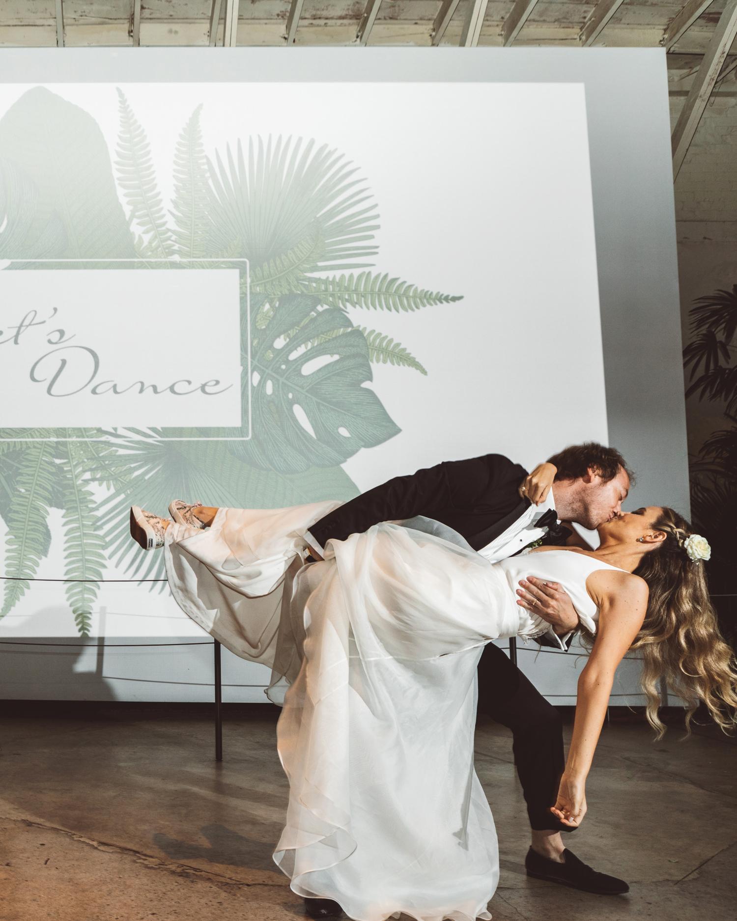 kaily matt wedding los angeles couple dancing