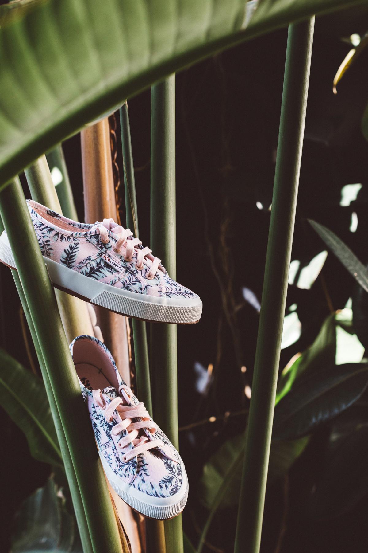 kaily matt wedding los angeles pink sneakers in palm leaves