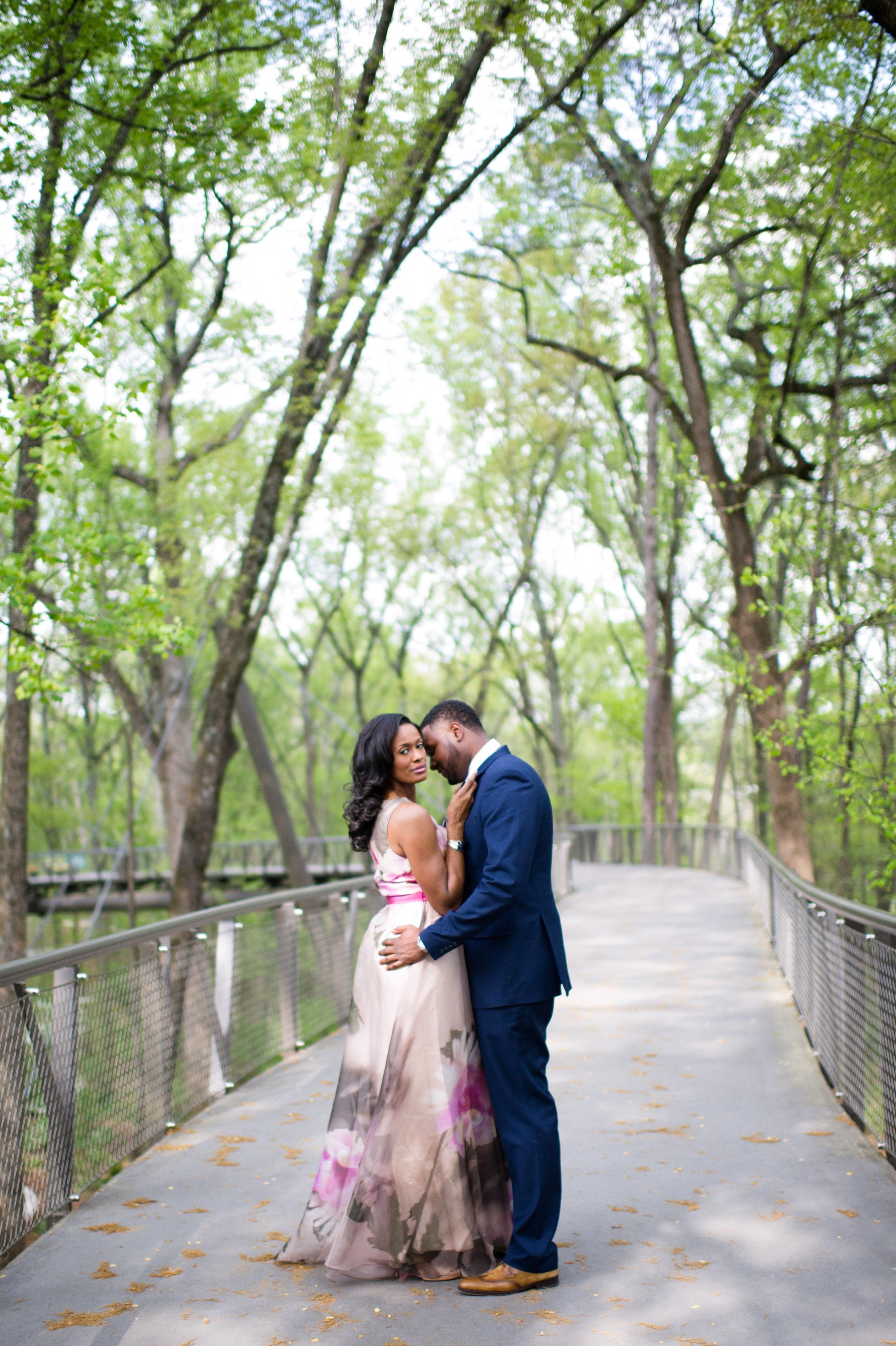 destination engagement couple botanical garden sky walk