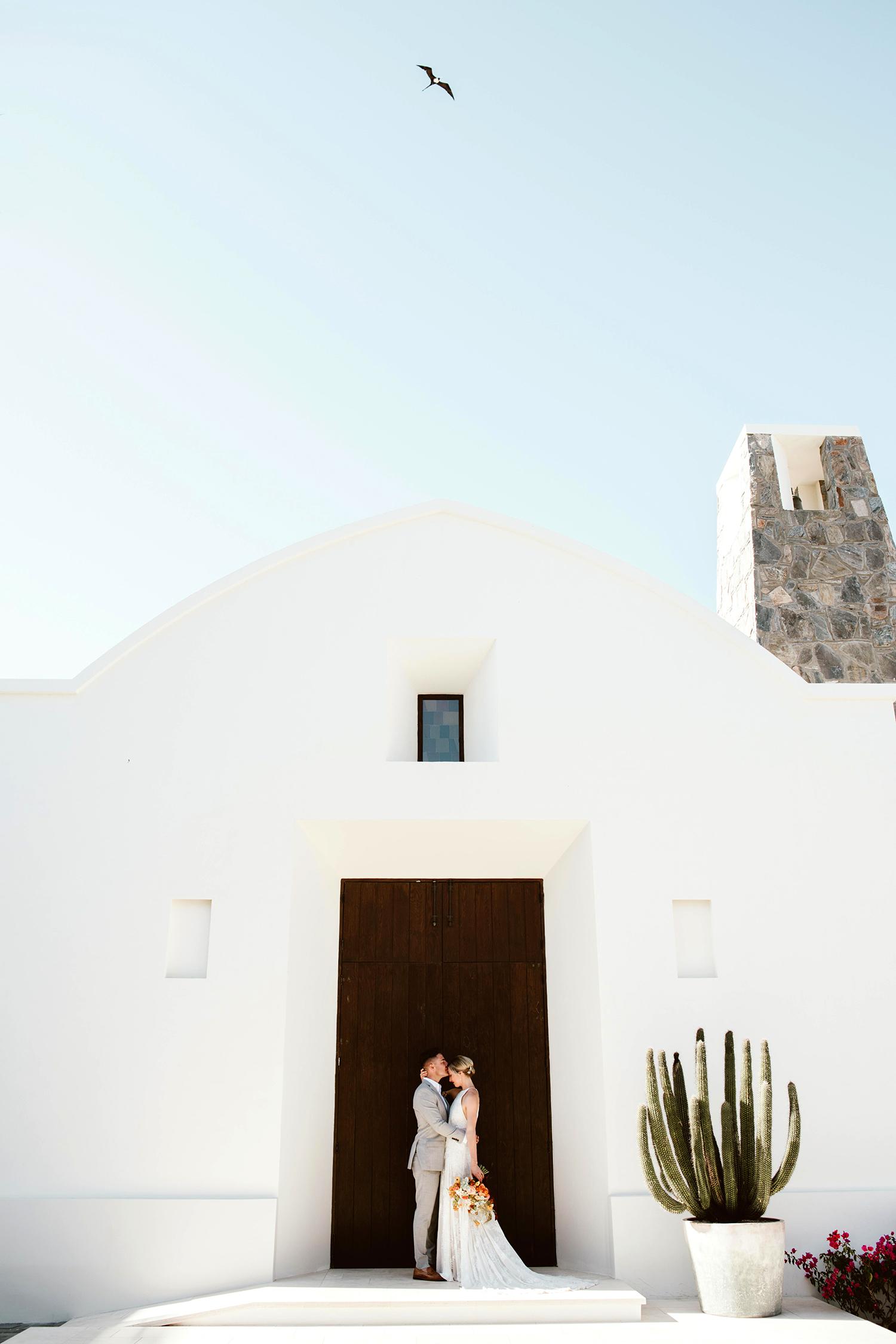 lisa sam mexico wedding couple chapel