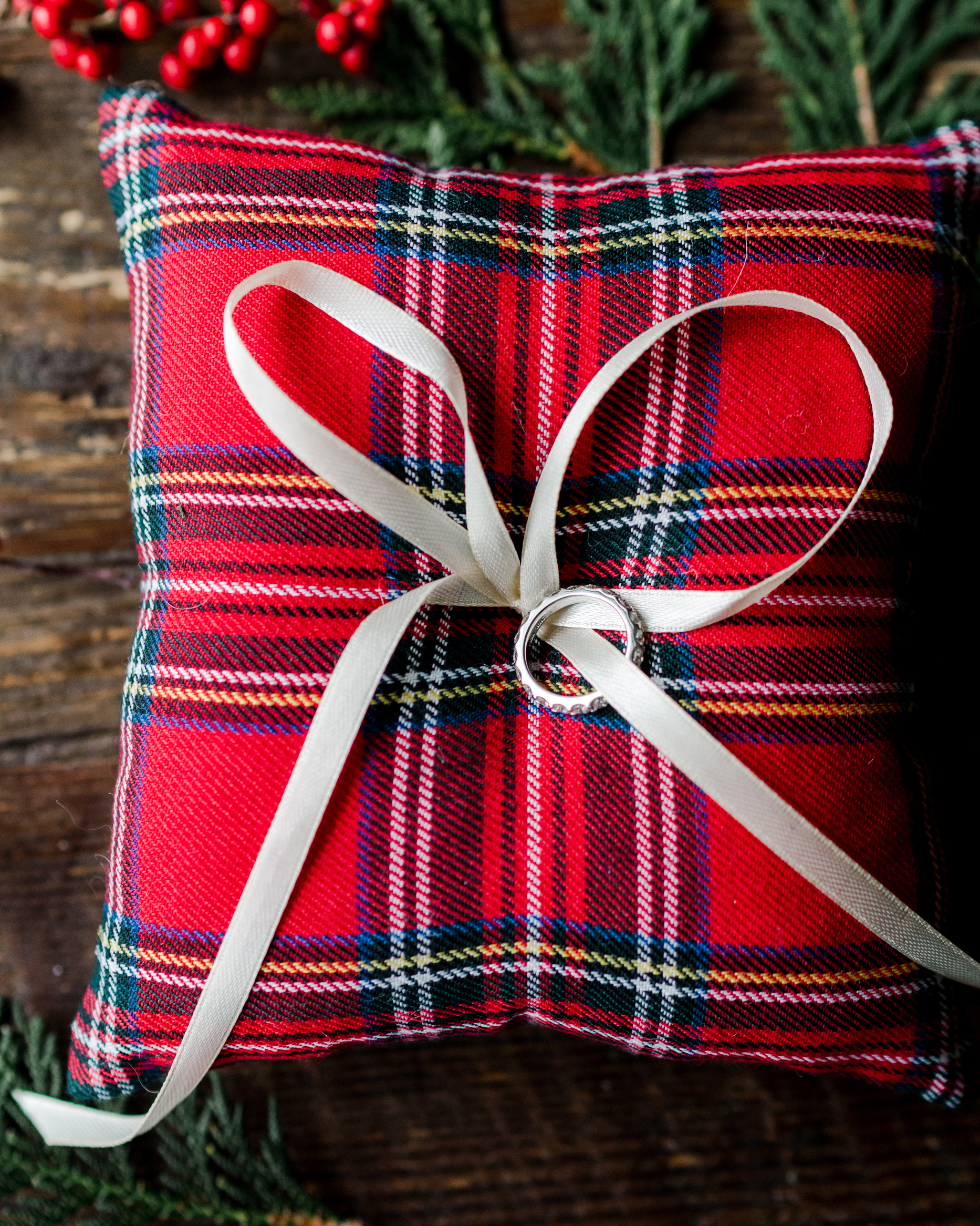 lauren christian christmas wedding plaid ring pillow
