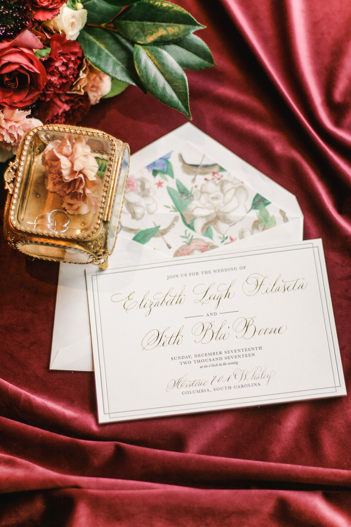 A Venetian-Themed Invitation Suite