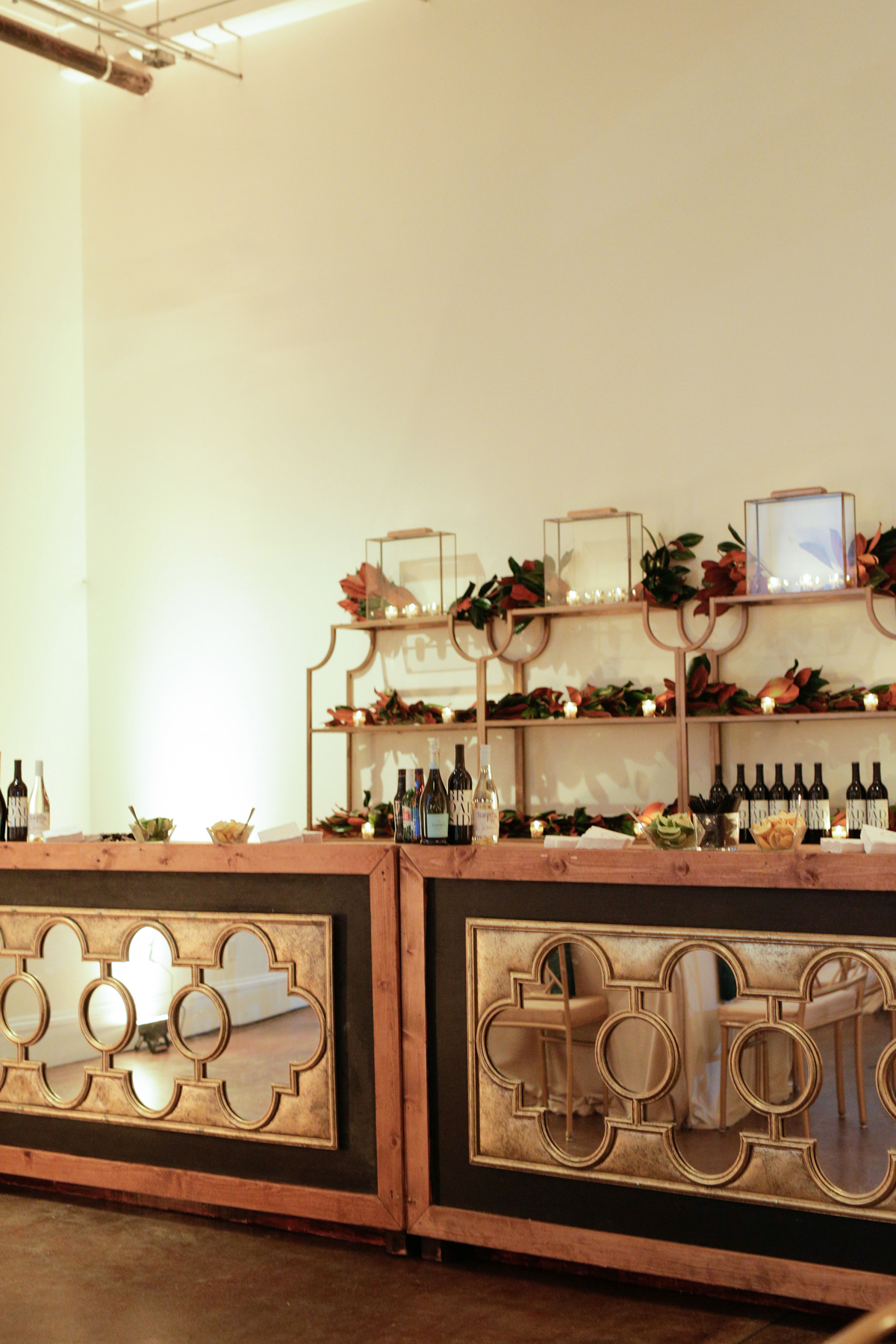 elizabeth seth wedding bar with mirror glass